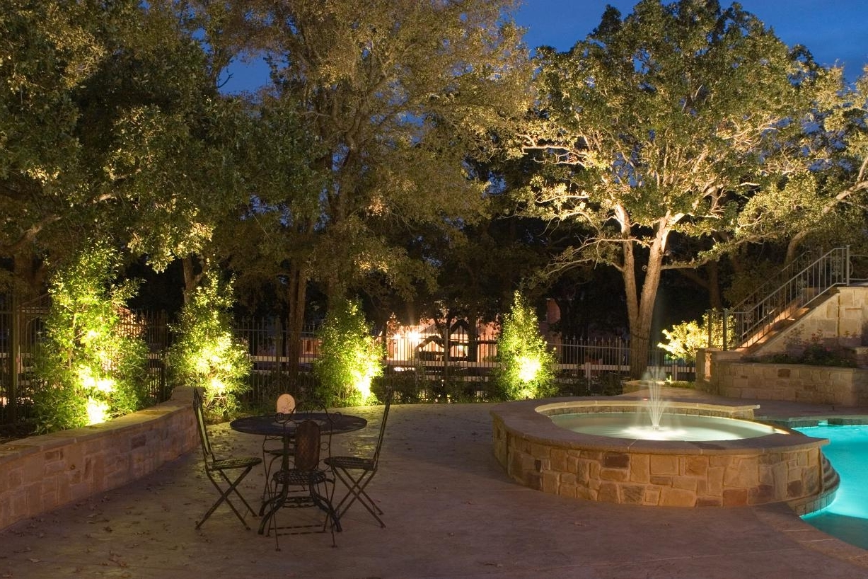 Recent Outdoor Yard Lanterns With Solar Led Landscape Lighting World : Home Design – A Solar Led (View 3 of 20)