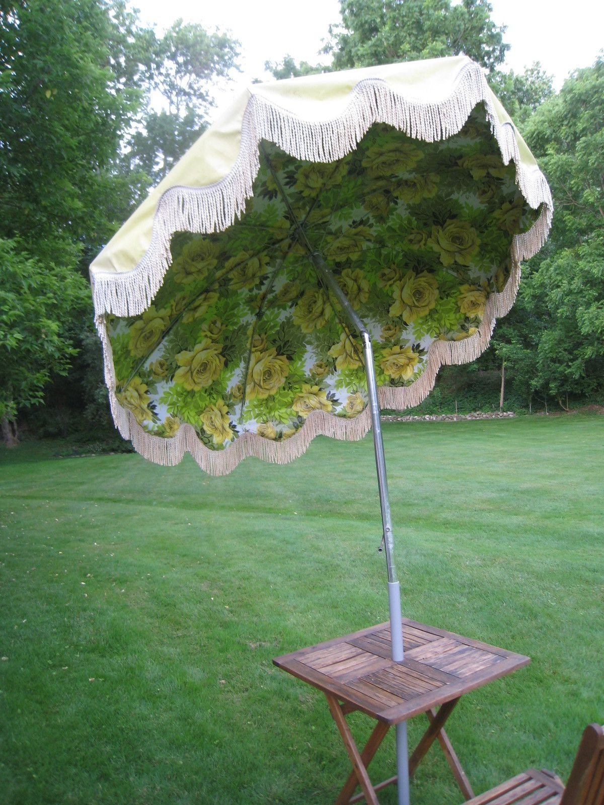 Recent Retro Vintage Mid Century Eanes Era Patio Beach Outdoor Umbrella W Throughout Patio Umbrellas With Fringe (View 11 of 20)