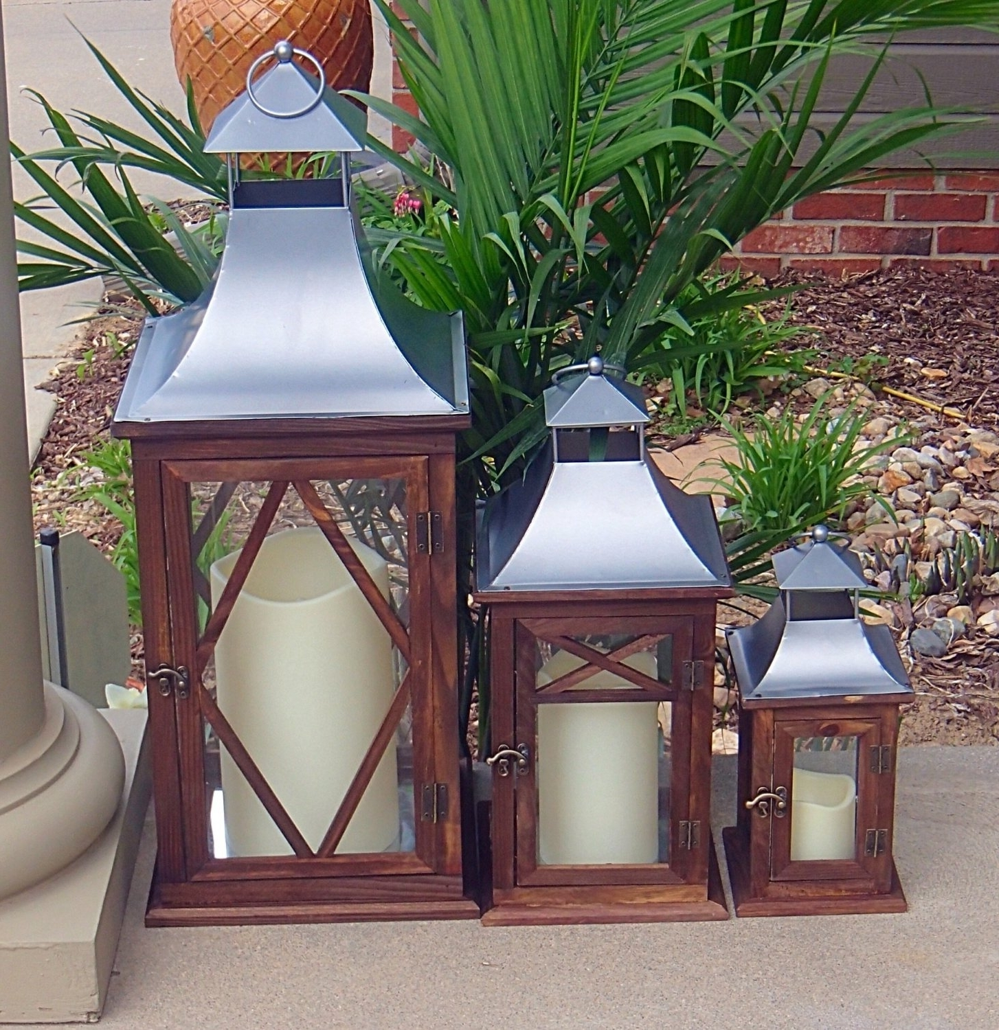 Set Of 3 Outdoor Lanterns Inside Trendy Exclusive Indoor Or Outdoor Set Of 3 Lombard Patio Lanterns (View 13 of 20)