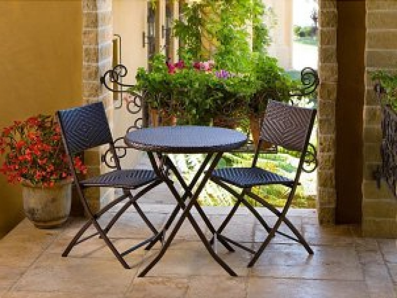 Stylish Small Patio Tables Small Patio Furniture Enter Home Patio Throughout Most Current Small Patio Umbrellas (View 18 of 20)