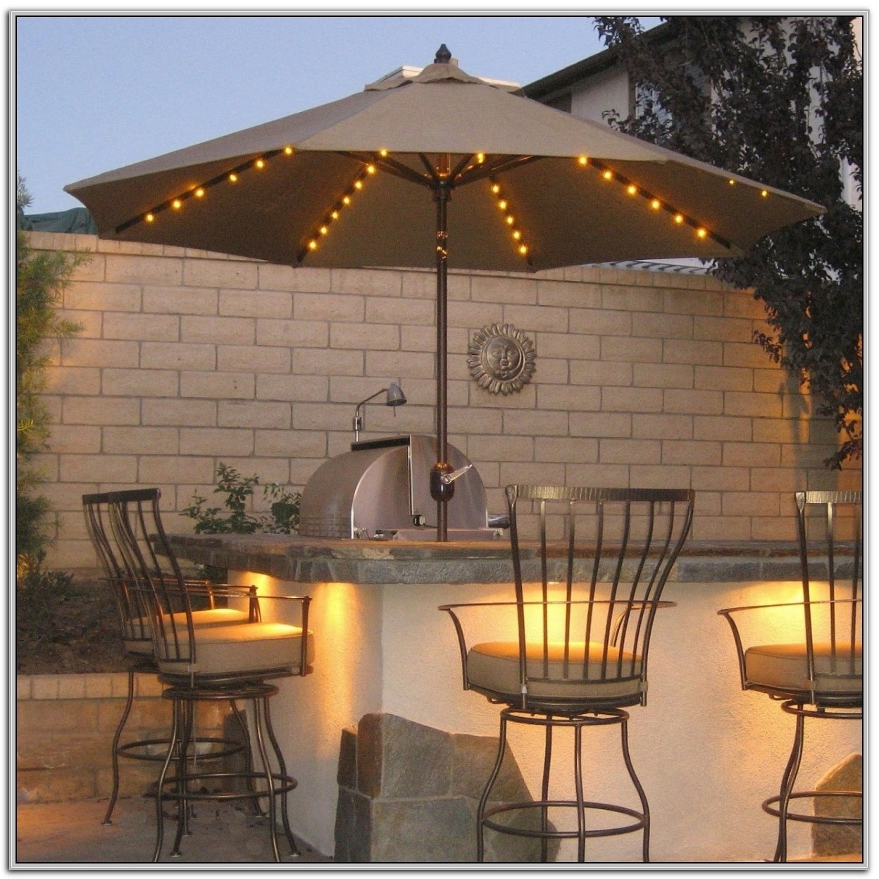 Trendy Amazon Patio Umbrellas Regarding Furniture: Costco Cantilever Umbrella For Most Dramatic Shade (View 19 of 20)