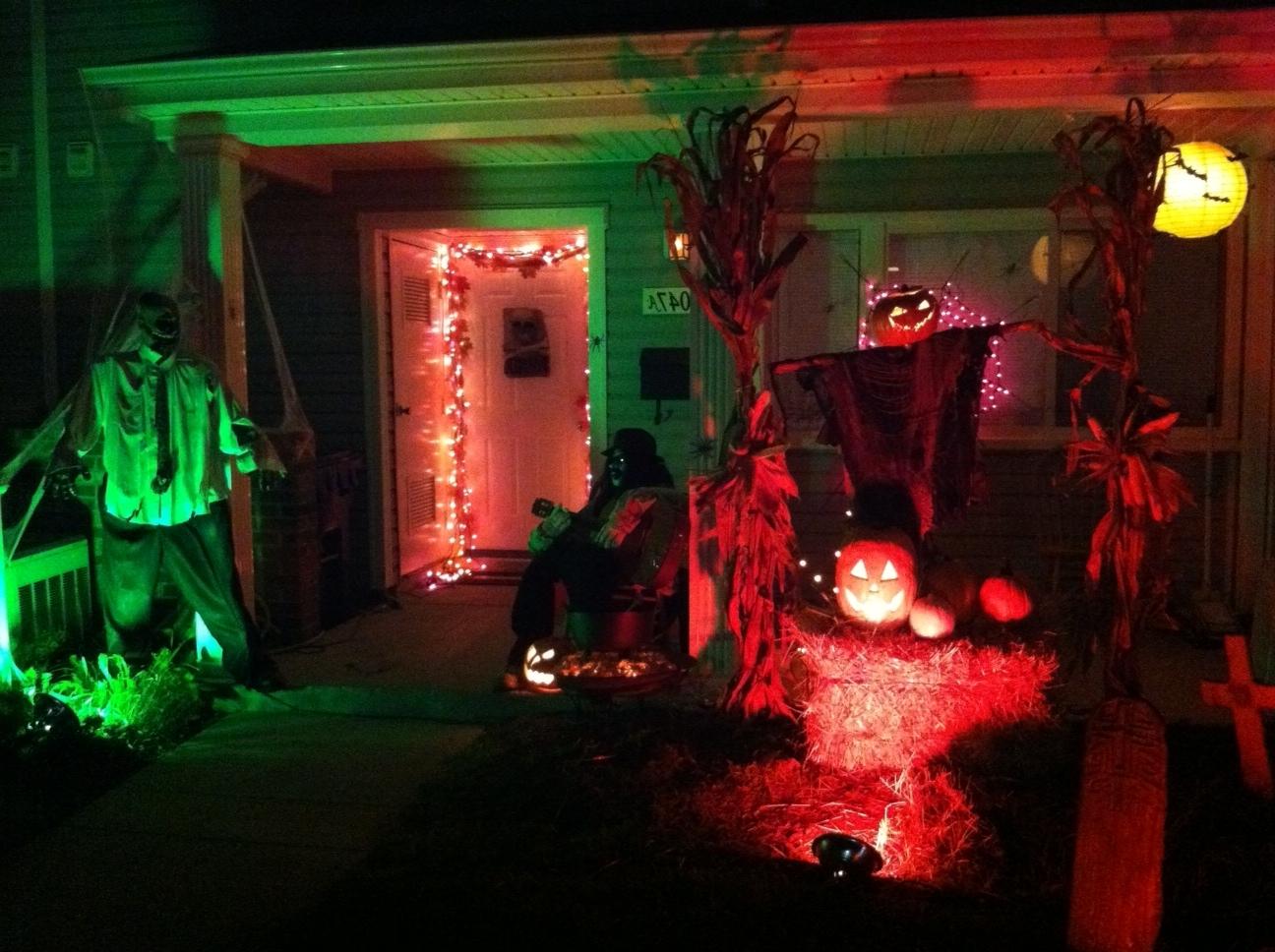 Trendy Outdoor Halloween Decorations – Weneedfun Pertaining To Outdoor Halloween Lanterns (View 20 of 20)
