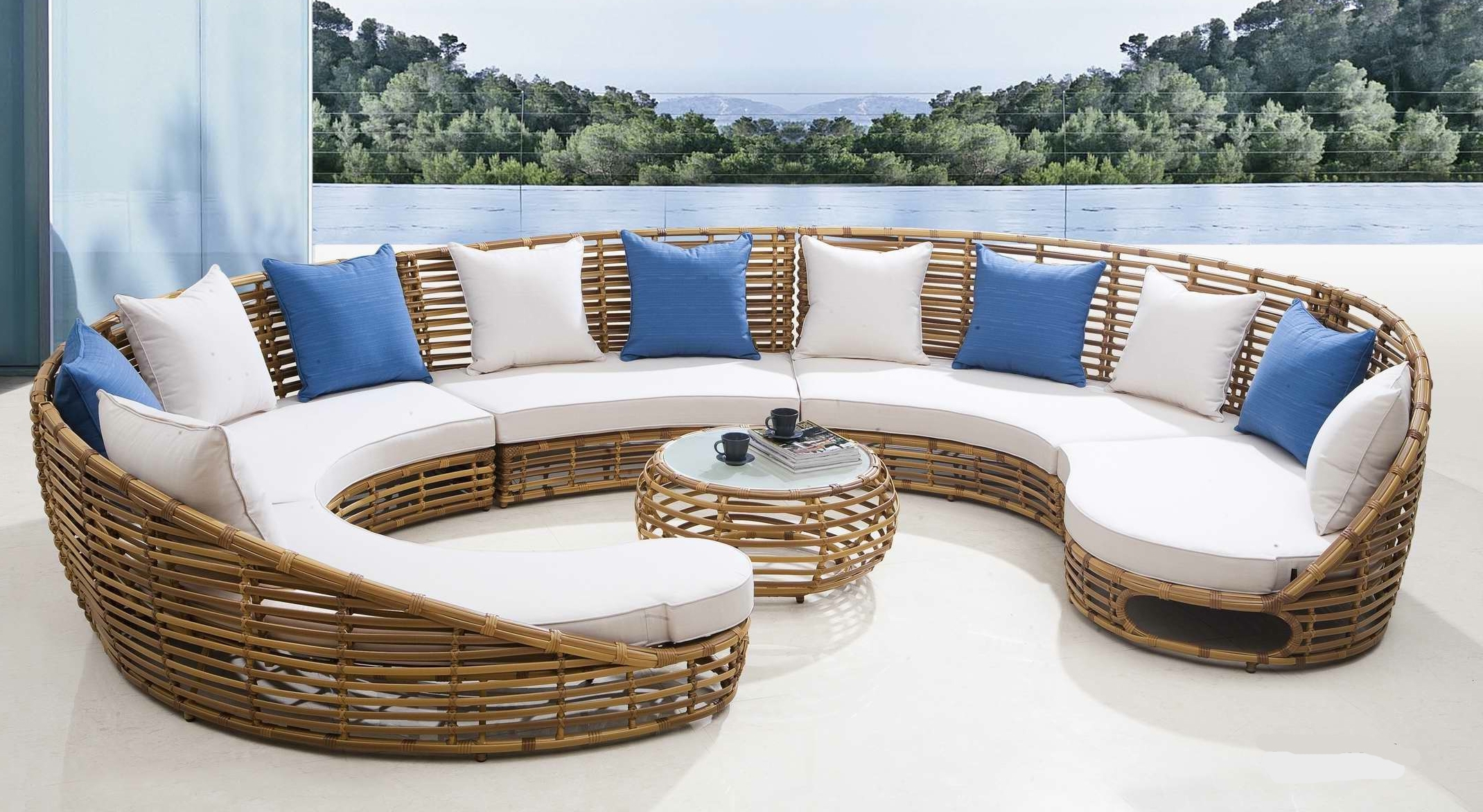 Upscale Patio Umbrellas With Well Known Luxury Outdoor Furniture (View 11 of 20)