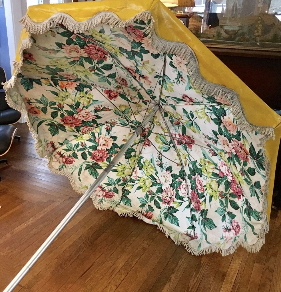 Vintage Bright Yellow Vinyl Beach Umbrella, 1950S, White Fringe Throughout Well Known Vinyl Patio Umbrellas With Fringe (Gallery 15 of 20)