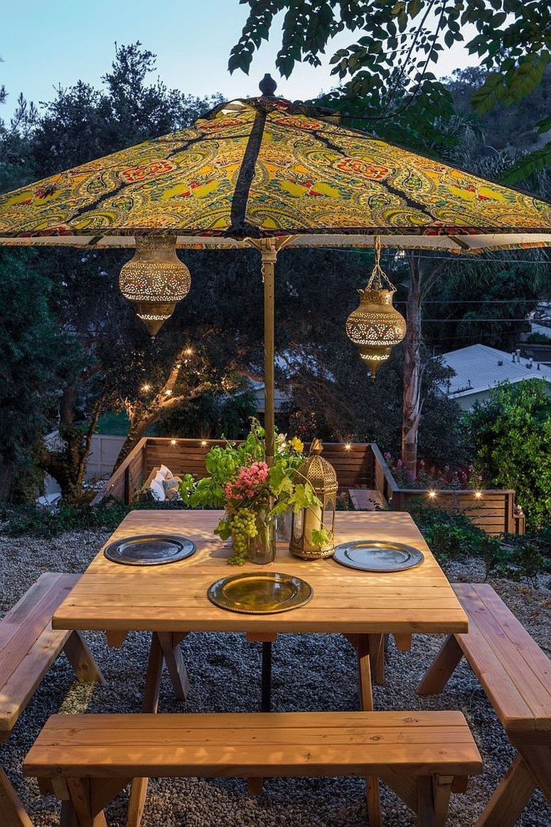 Well Known 25 Outdoor Lantern Lighting Ideas That Dazzle And Amaze! (View 19 of 20)