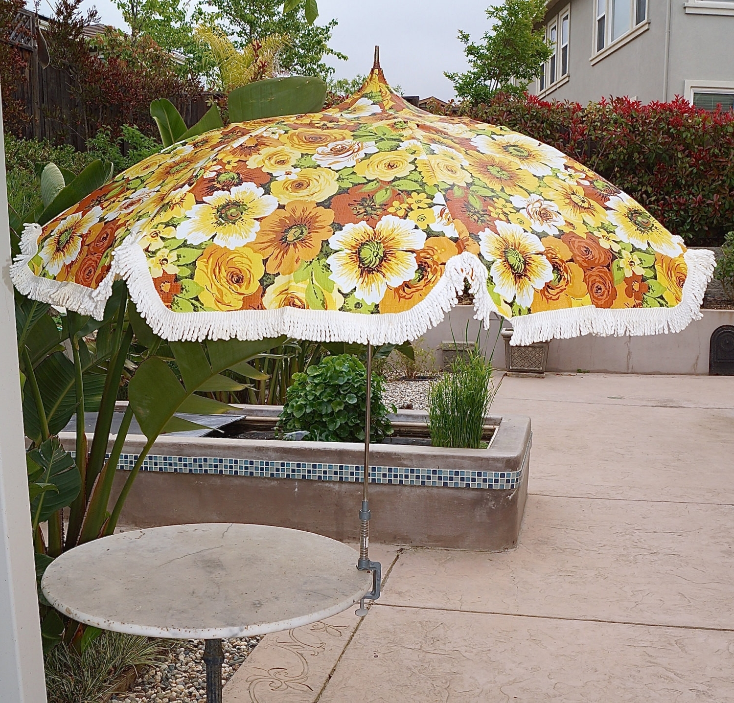 Well Known 44 Patio Umbrella With Fringe Hm5K – Mcnamaralaw Pertaining To Patio Umbrellas With Fringe (View 19 of 20)