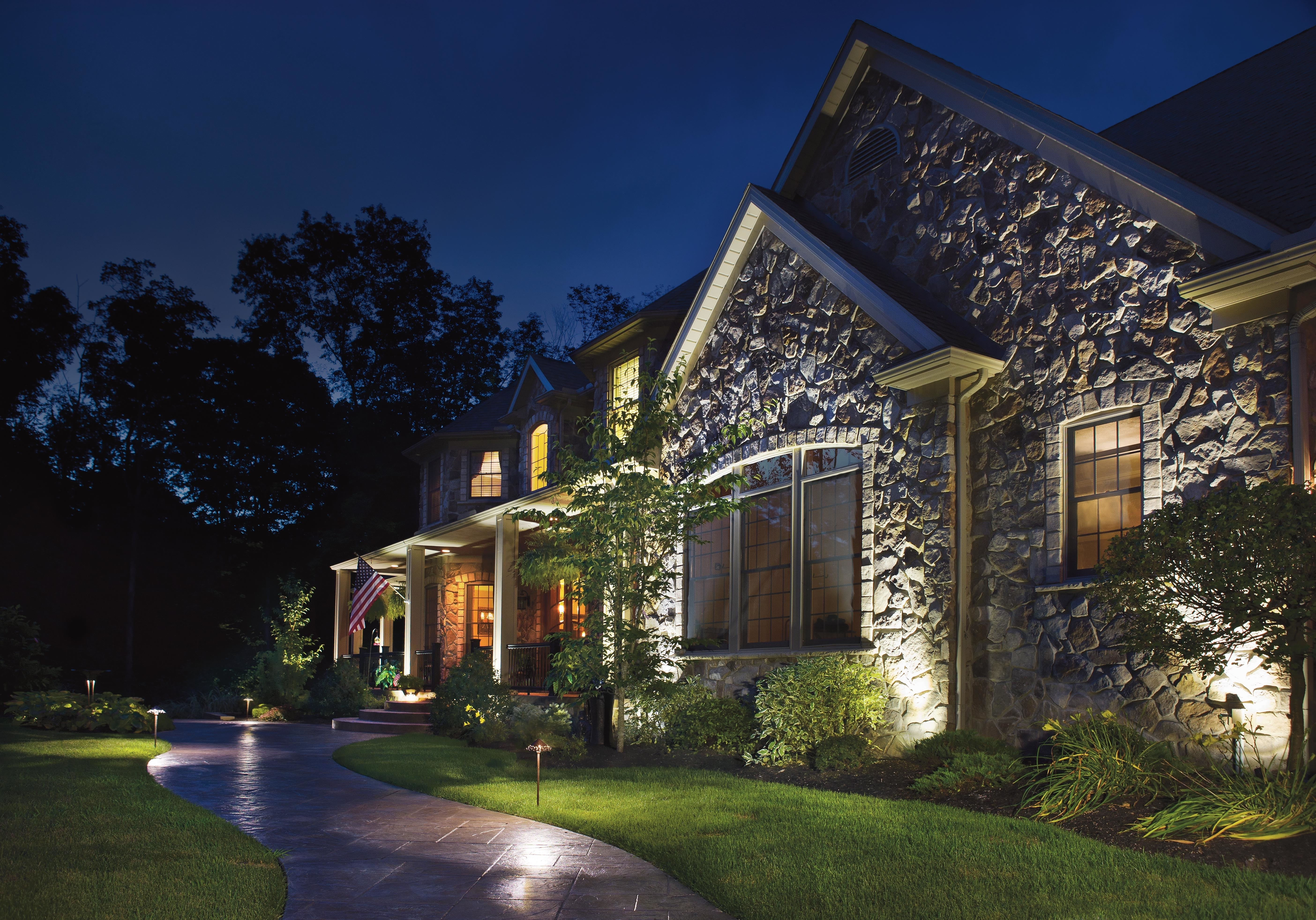 Well Known Outdoor Landscape Lanterns Inside Outdoor Lighting Ideas For Front Of House (View 19 of 20)