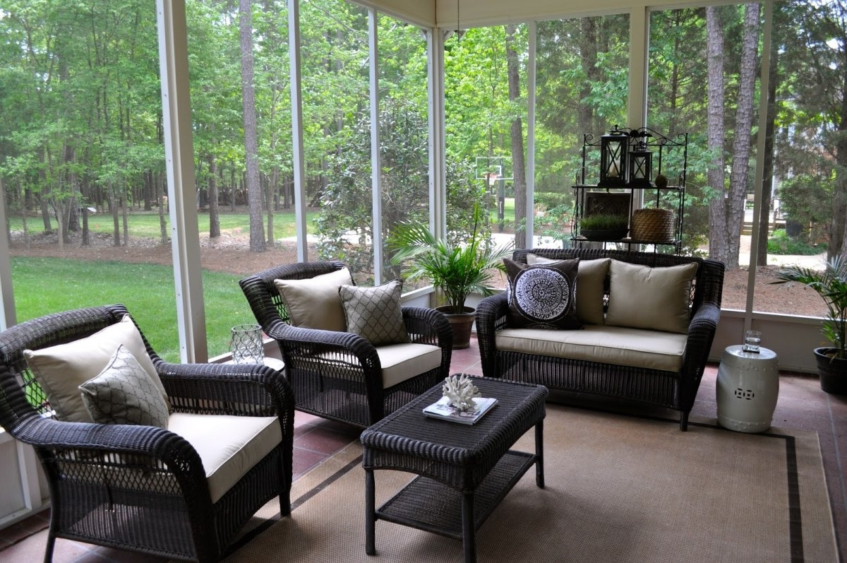 Well Known Patio Screened Porch Ideas With Uv Resistant Side Chair Cushions Throughout Expensive Patio Umbrellas (View 15 of 20)