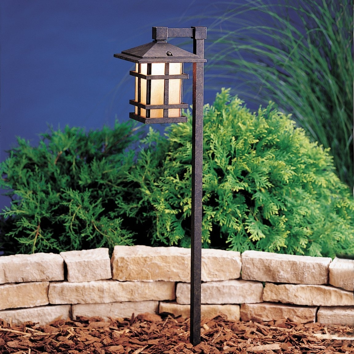 Well Liked Outdoor Low Voltage Lanterns With Lighting: Malibu Landscape Lighting With Low Voltage Landscape (View 20 of 20)