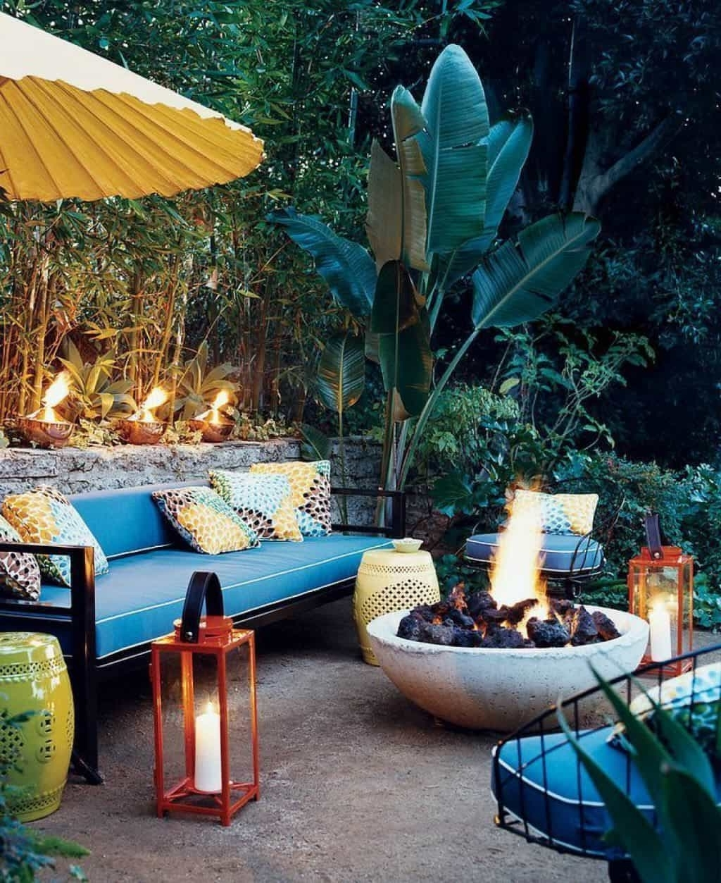 Well Liked Outdoor Tropical Lanterns Throughout Garden With Tropical Plants Beds – Tips For Tropical Outdoor (View 20 of 20)