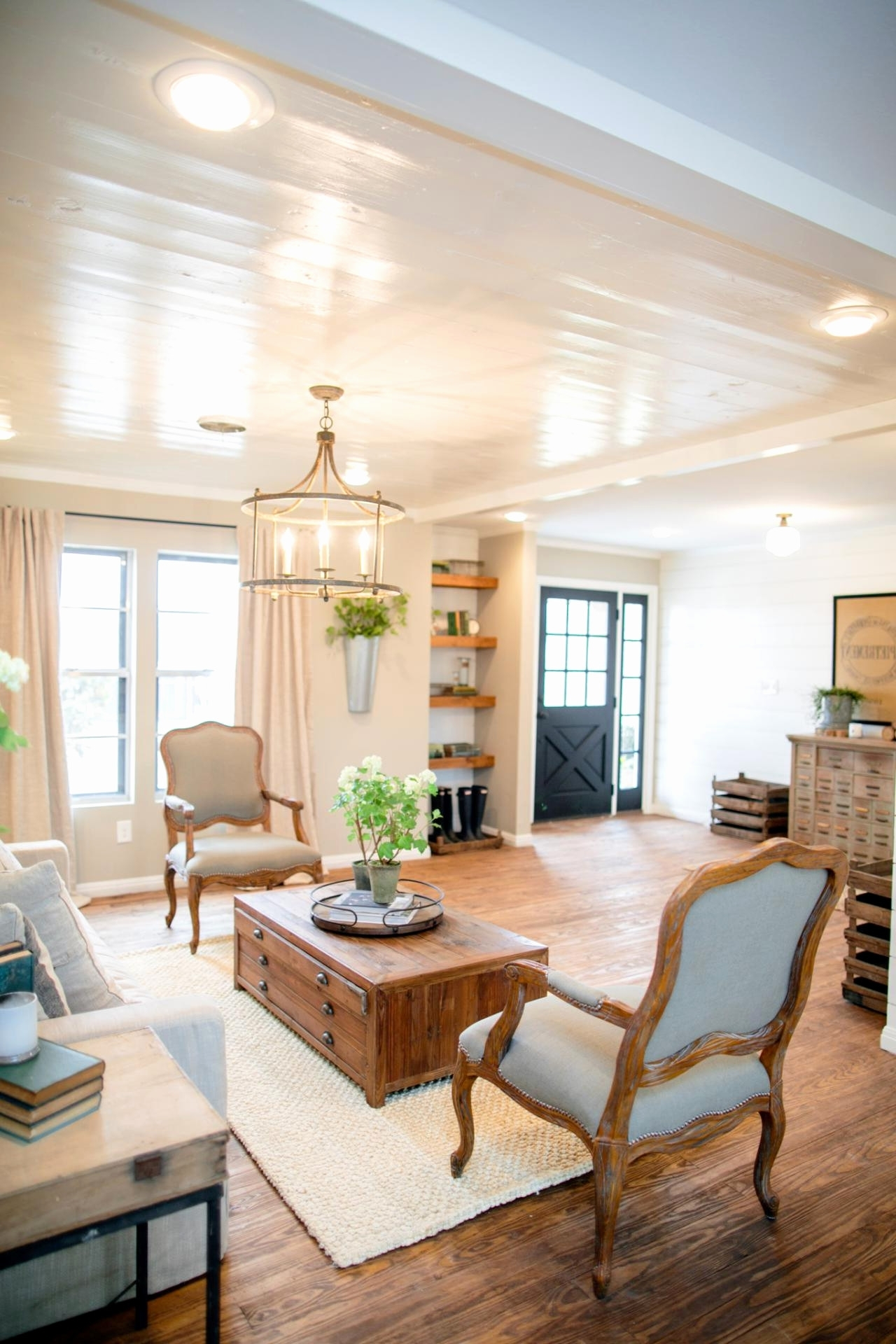 Joanna Gaines Outdoor Ceiling Fans Within Latest Ceiling Fan Direction For Vaulted Ceilings Awesome 9 Design Tricks (View 12 of 20)