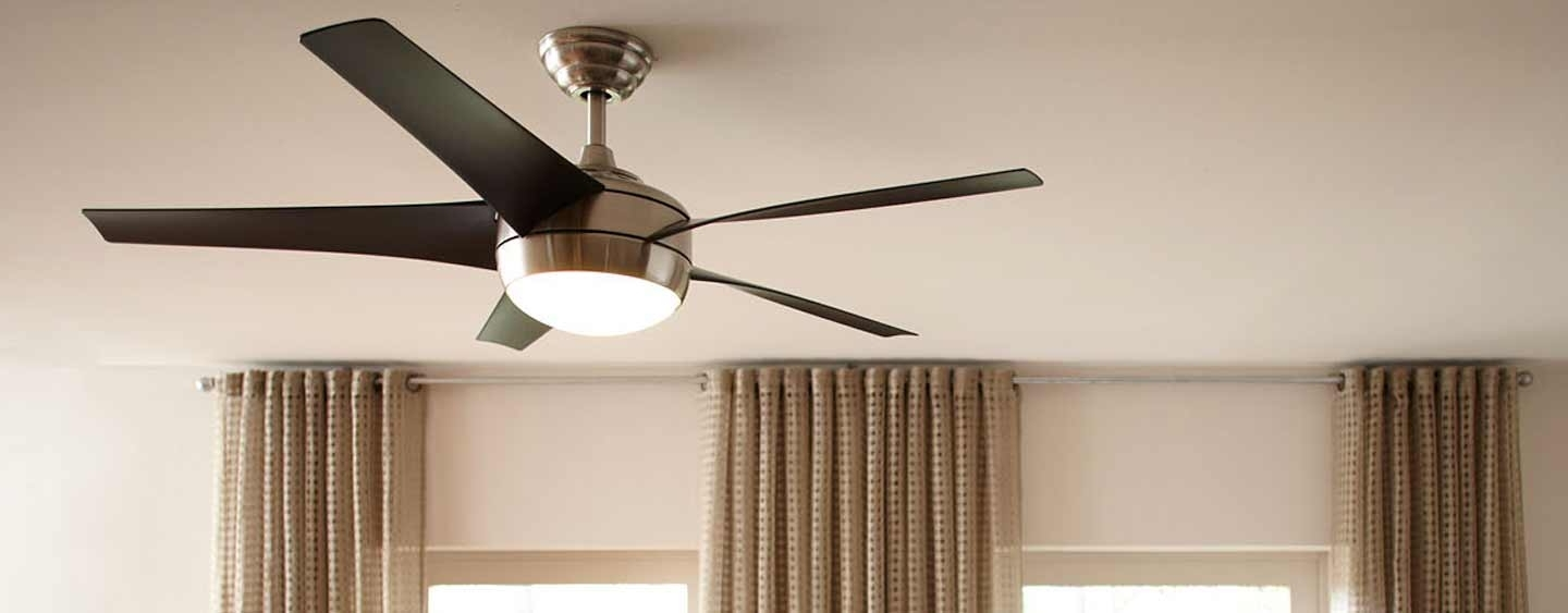 Widely Used Waterproof Outdoor Ceiling Fans Intended For What's The Difference Between Indoor And Outdoor Ceiling Fans? (View 16 of 20)