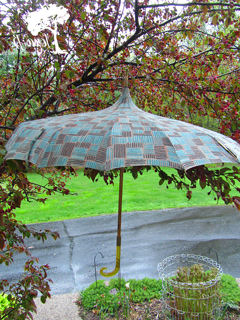 2019 Lora Market Umbrellas Throughout Have A Vintage Umbrella Ready! – Lora B (View 7 of 20)