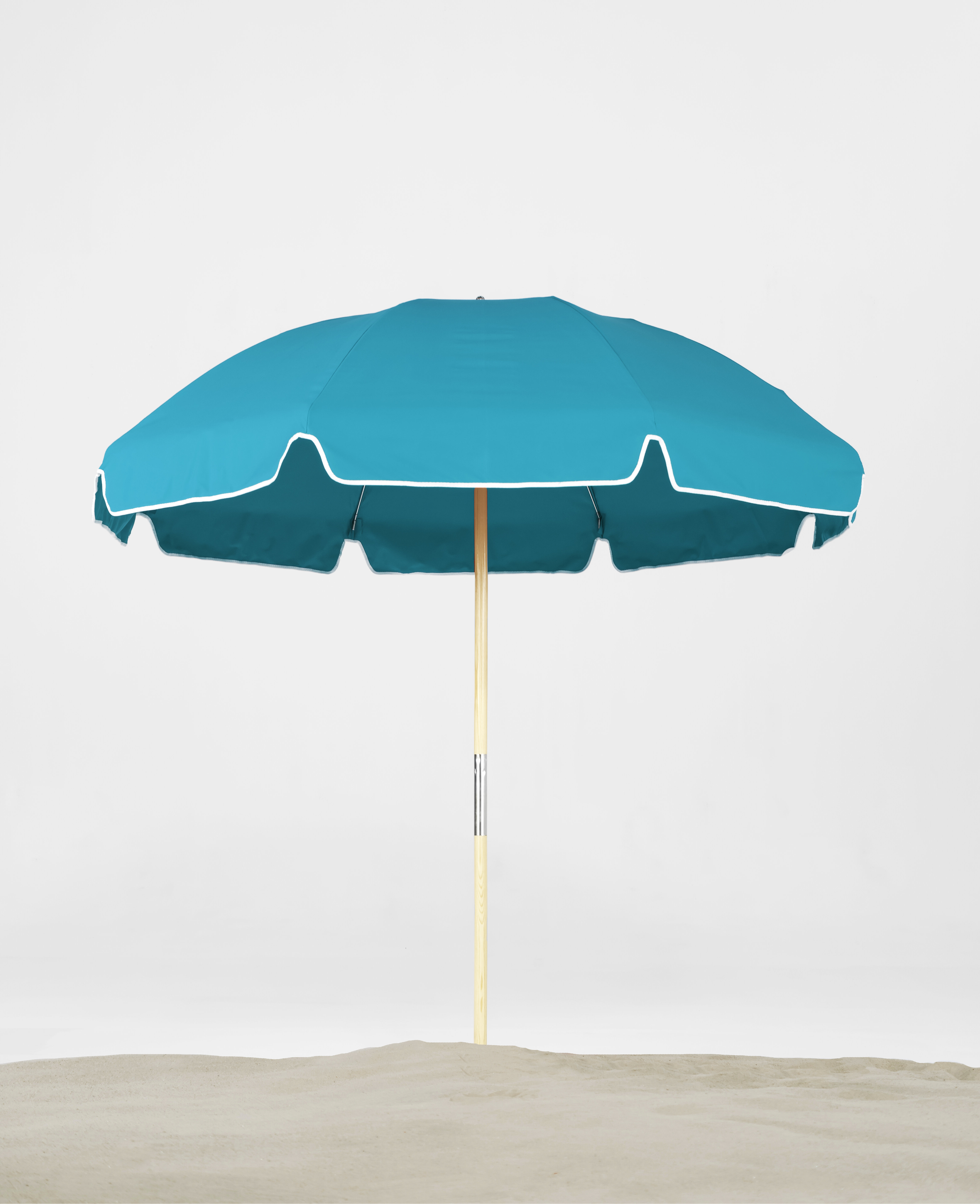 7.5' Beach Umbrella With Current Esai Beach Umbrellas (Gallery 12 of 20)