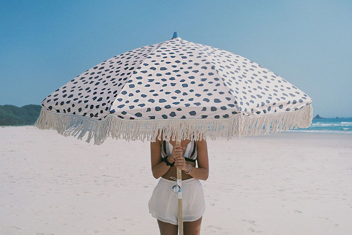Beach Umbrella (Gallery 3 of 20)