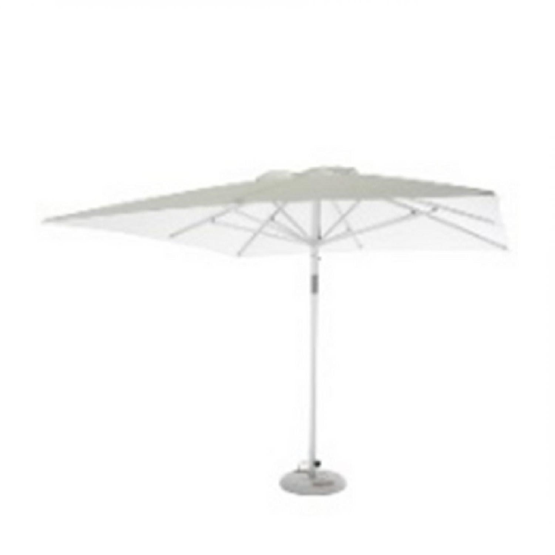 Bloc Outdoor Regarding Well Liked Desmond Rectangular Cantilever Umbrellas (View 10 of 20)