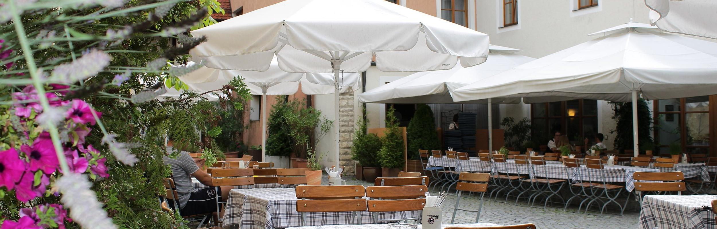 Braugasthof Hotel Schattenhofer – Naturpark Altmühltal In Trendy Keltner Patio Outdoor Market Umbrellas (View 4 of 20)