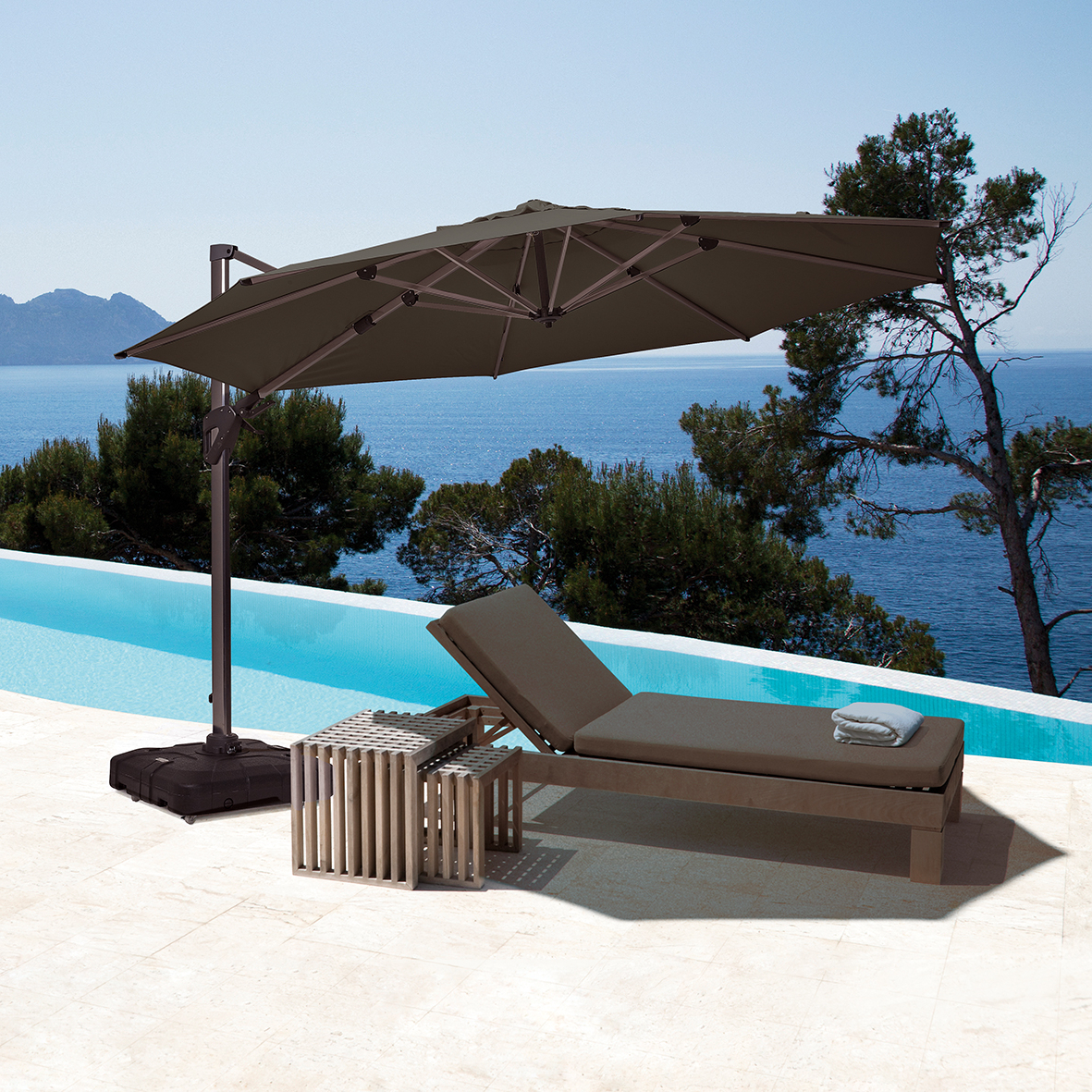 Featured Photo of Coolaroo Cantilever Umbrellas