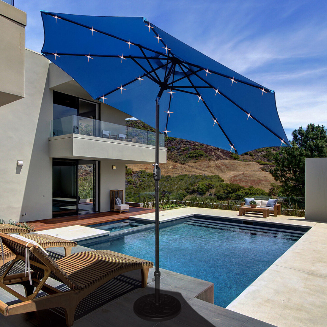 Fashionable Brecht Lighted Umbrellas For Solar Led Lighted Patio 9' Market Umbrella (View 11 of 20)