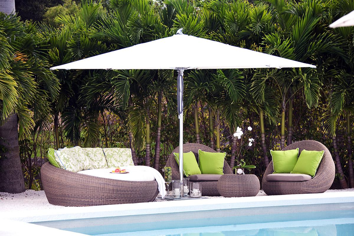 Fashionable Madalyn Rectangular Market Sunbrella Umbrellas Inside Tuuci Ocean Master Max Classic Parasol (View 19 of 20)