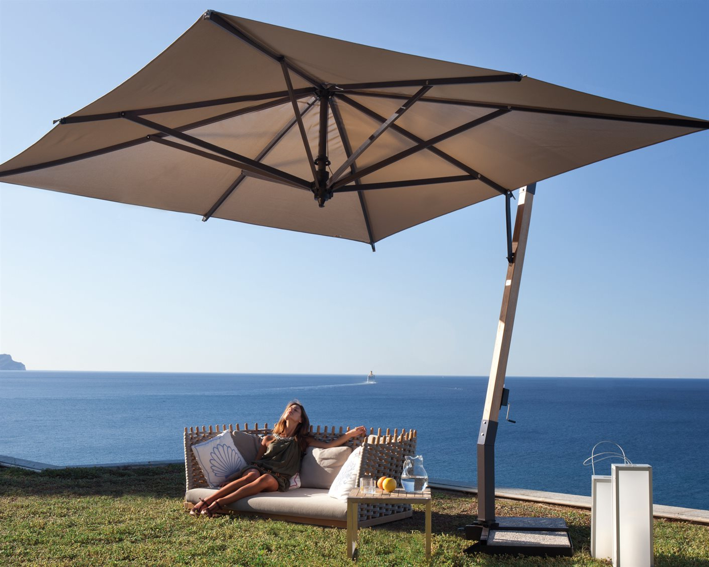 Krystal Square Cantilever Sunbrella Umbrellas Intended For Most Up To Date Fim P Series Aluminum 11.5 Square Cantilever Umbrella (Gallery 20 of 20)
