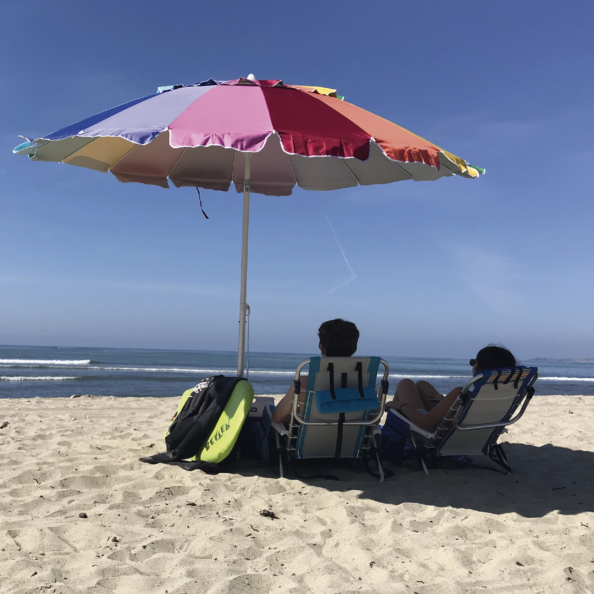 Leasure Fiberglass Portable Beach Umbrellas Throughout Latest Easygo 7Ft Rainbow Beach Umbrella Heavy Duty Design (View 8 of 20)