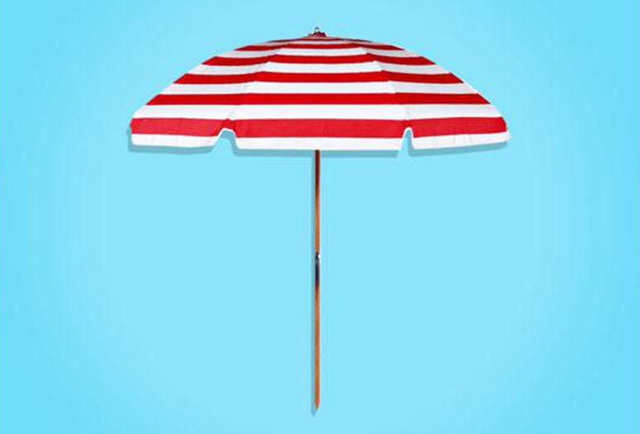 Leasure Fiberglass Portable Beach Umbrellas Throughout Well Liked The Best Beach Umbrella Is A World War Ii–Era Beach Umbrella (View 16 of 20)