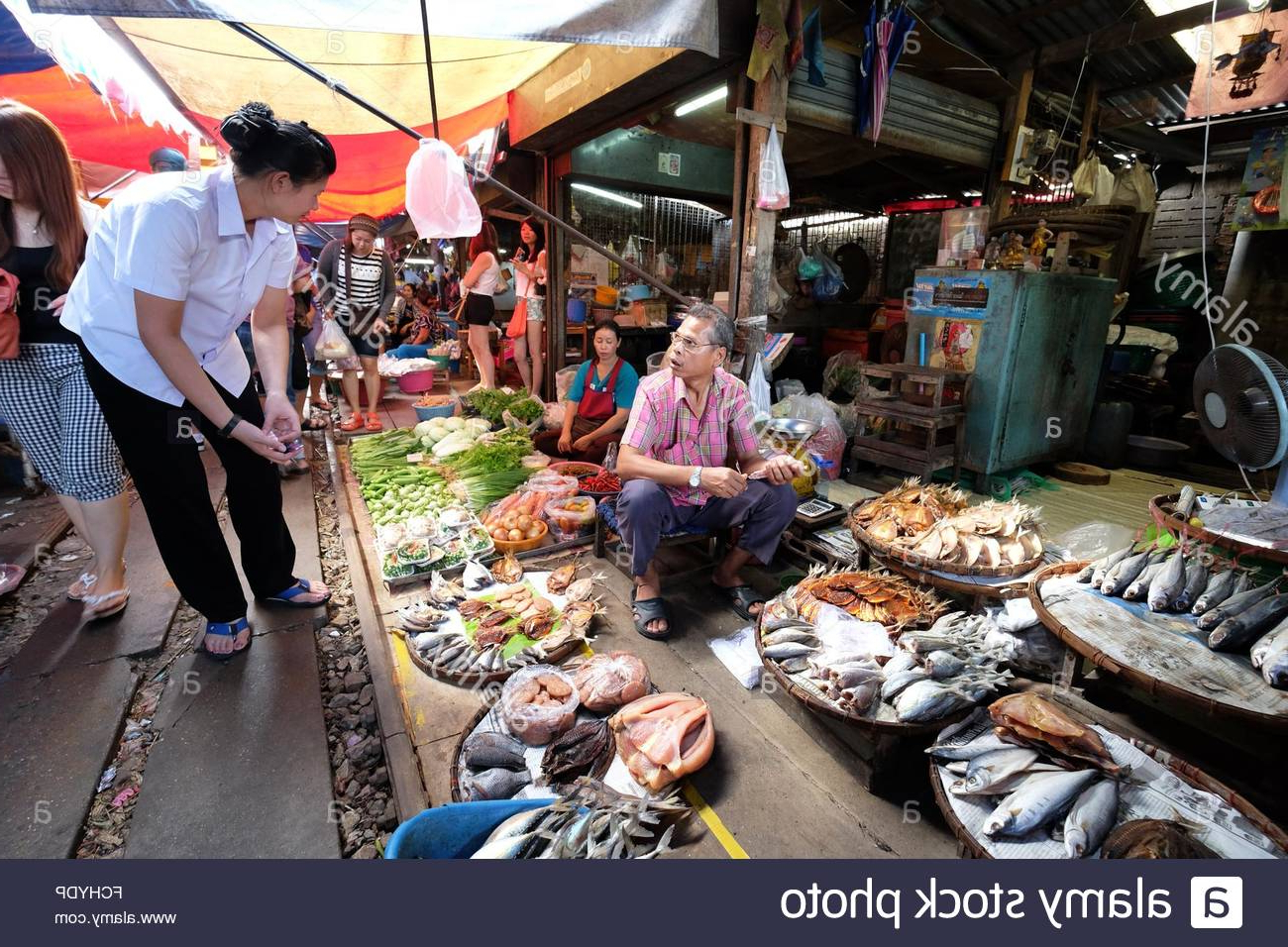 Lora Market Umbrellas With Most Recent Umbrella Market Stock Photos & Umbrella Market Stock Images – Alamy (View 11 of 20)
