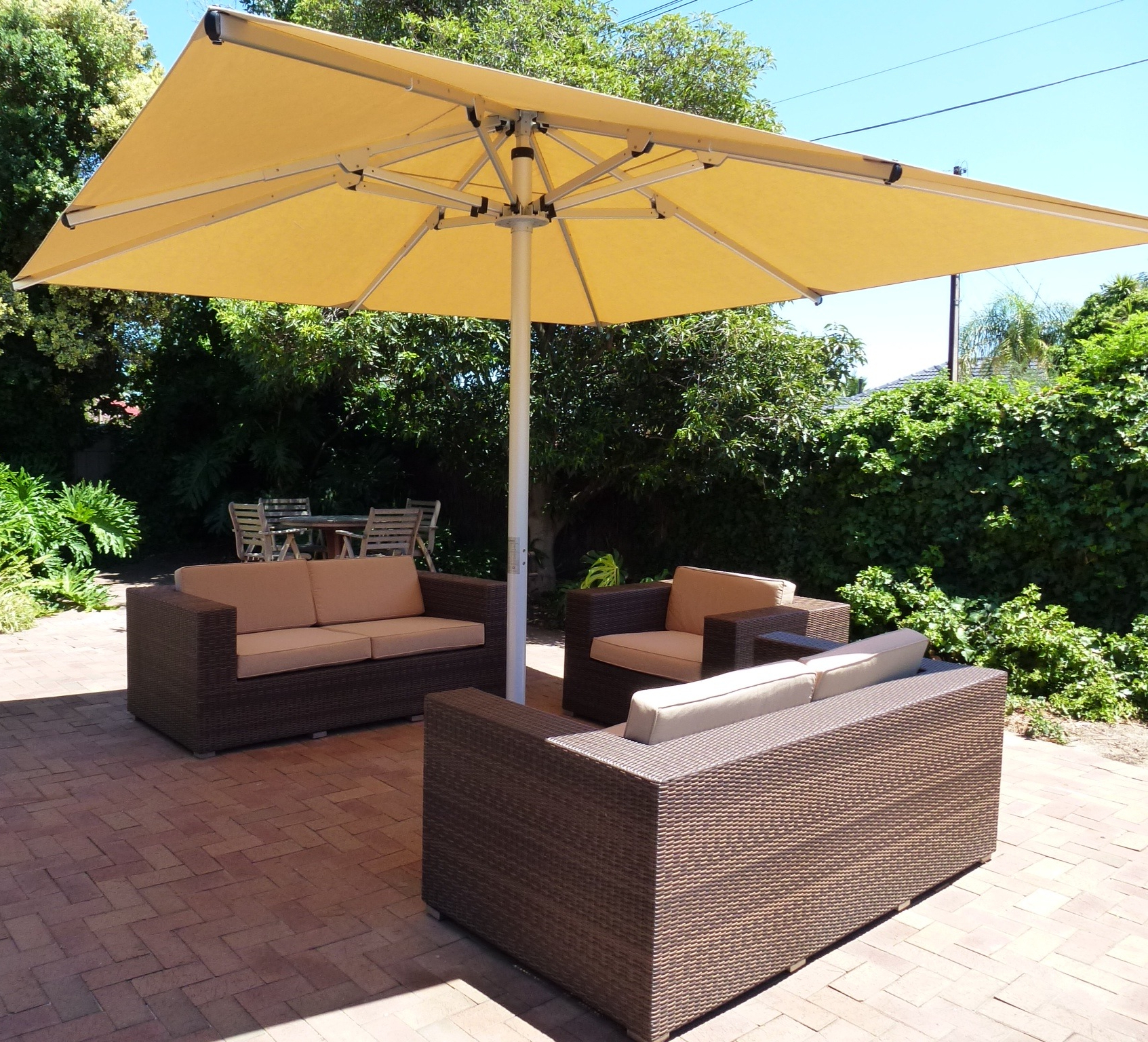 Mald Square Cantilever Umbrellas Within Fashionable Stay Cool With Outdoor Umbrellas (View 8 of 20)