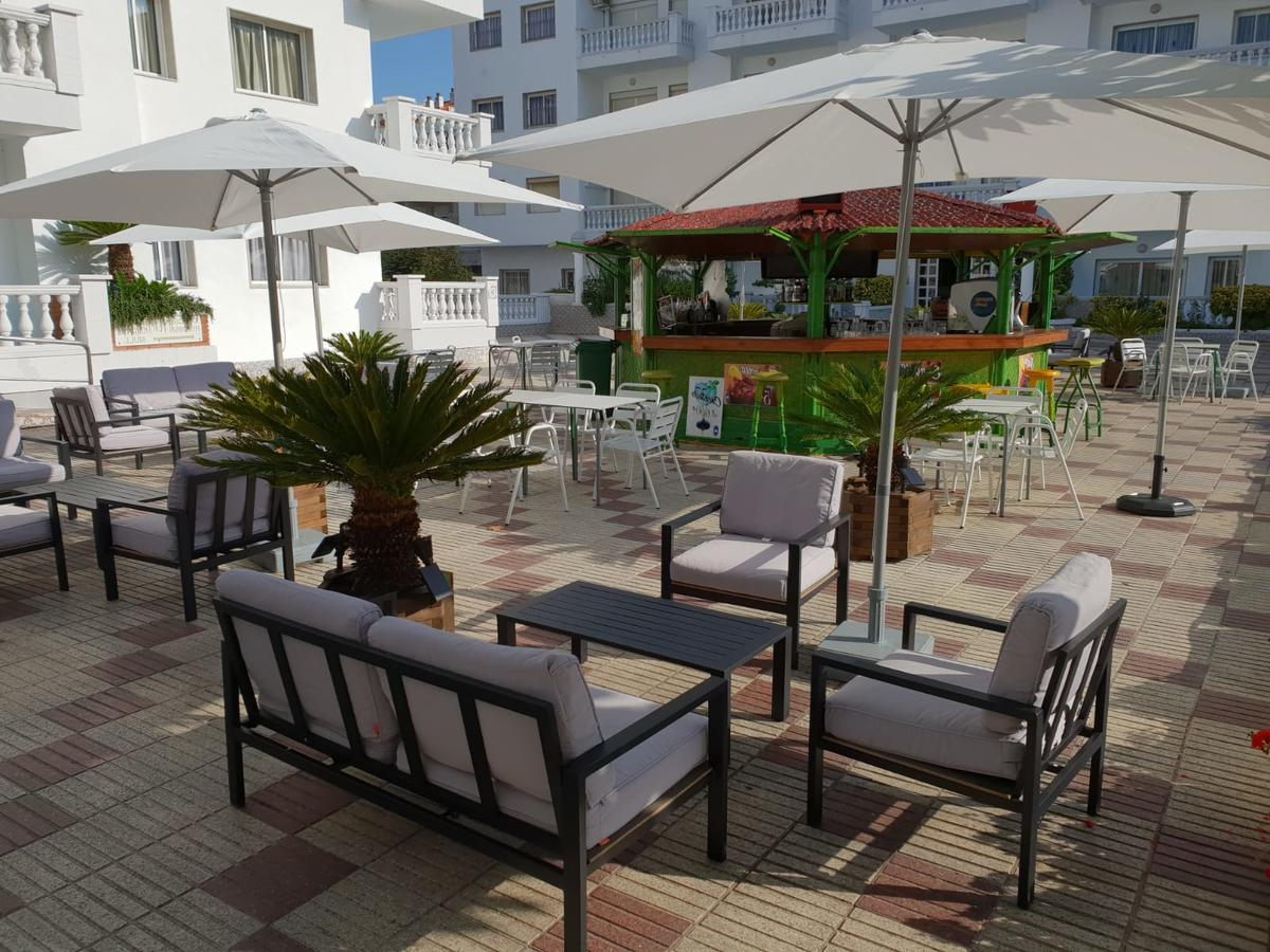 Most Current Kizzie Market Cantilever Umbrellas With Europa Apartments, Blanes – Updated 2019 Prices (View 17 of 20)