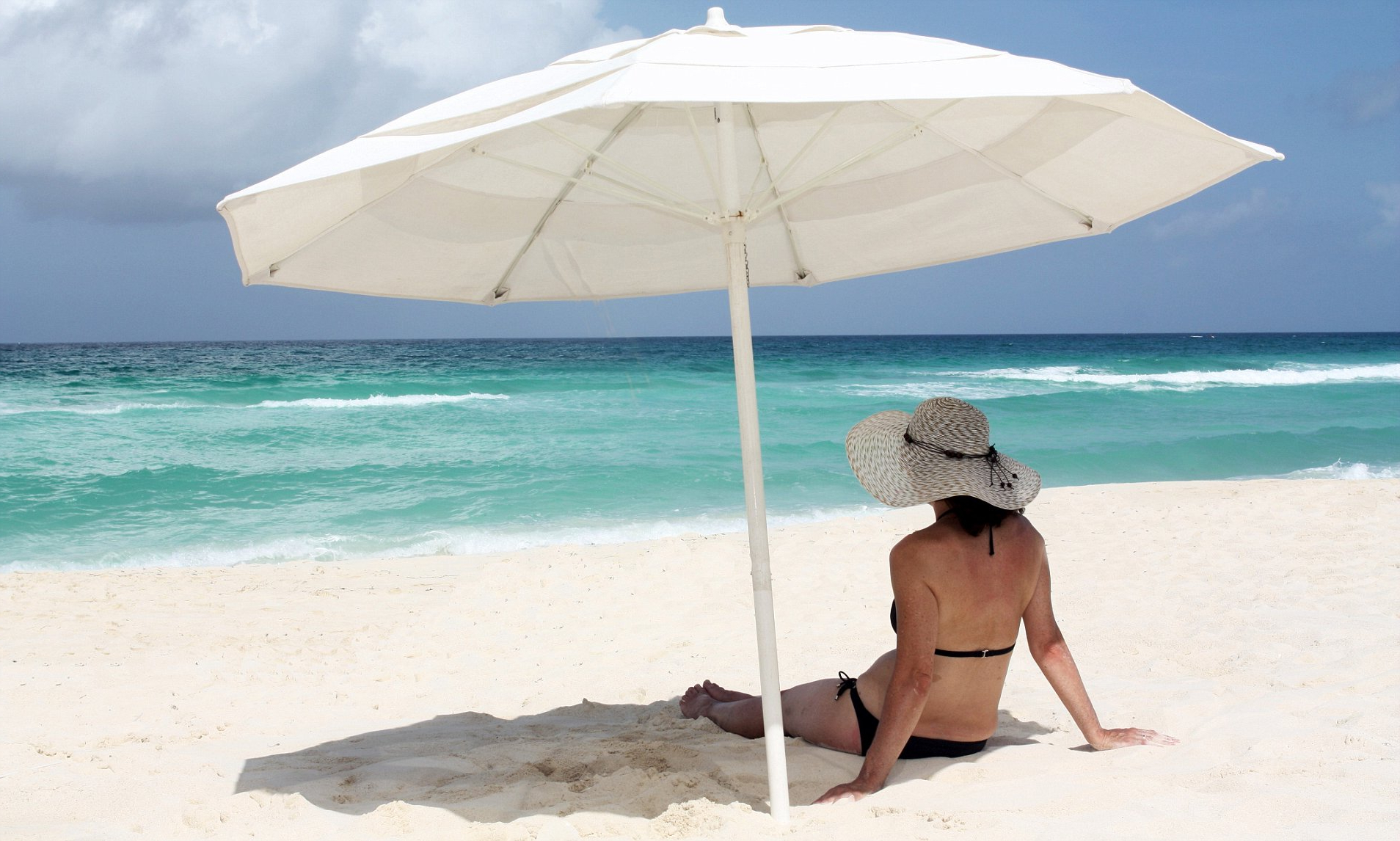 Most Current Sitting Under Parasol Doesn't Protect From Sunburn (View 10 of 20)