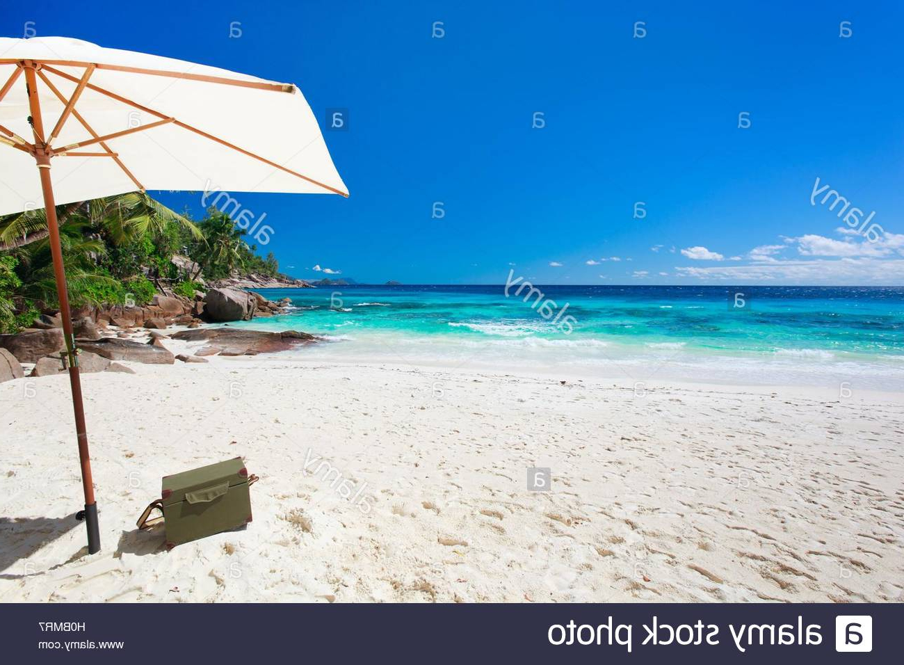 Most Popular Esai Beach Umbrellas In Paradies' Stock Photos & Paradies' Stock Images – Page 27 – Alamy (View 14 of 20)