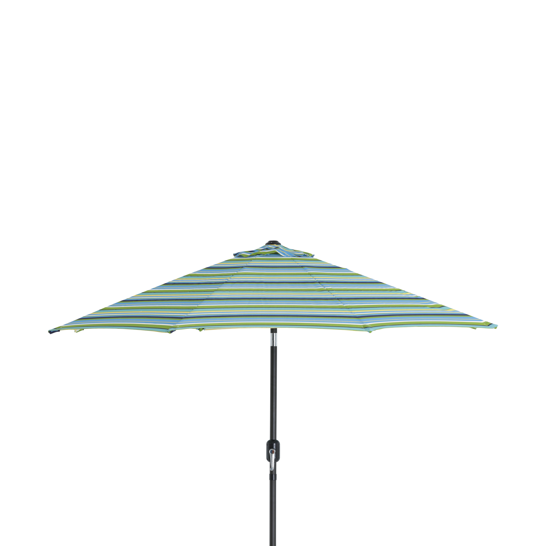 Most Recent Fleetwood Market Umbrellas Throughout 9' Market Umbrella (View 13 of 20)