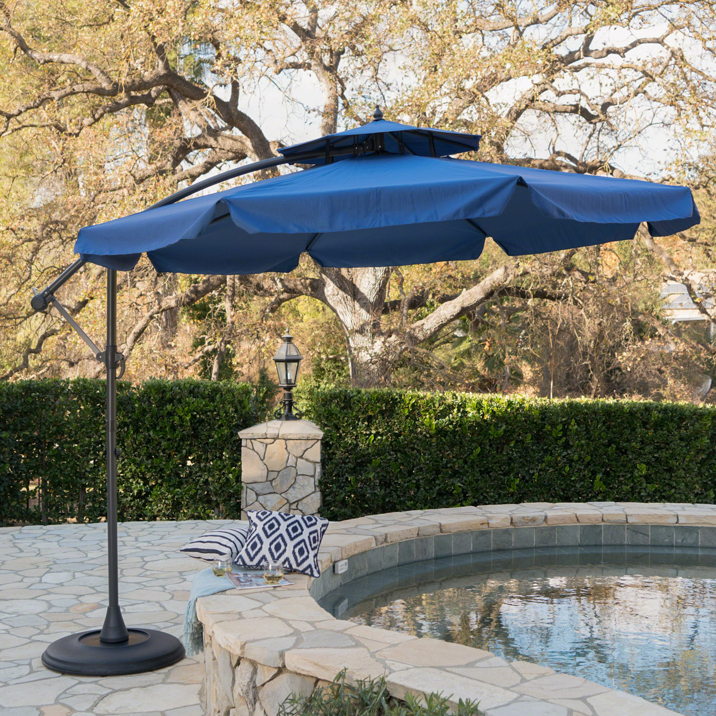 Most Recently Released Elaina Cantilever Umbrellas Throughout Simplot Outdoor Sunshade  (View 16 of 20)
