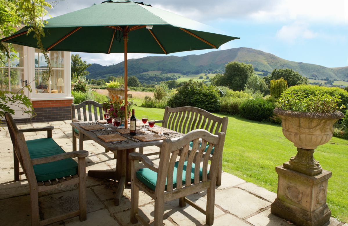 Most Recently Released The Oaks – Holiday Cottages And Homes In Shropshire – Rural Retreats With Shropshire Market Umbrellas (View 8 of 20)