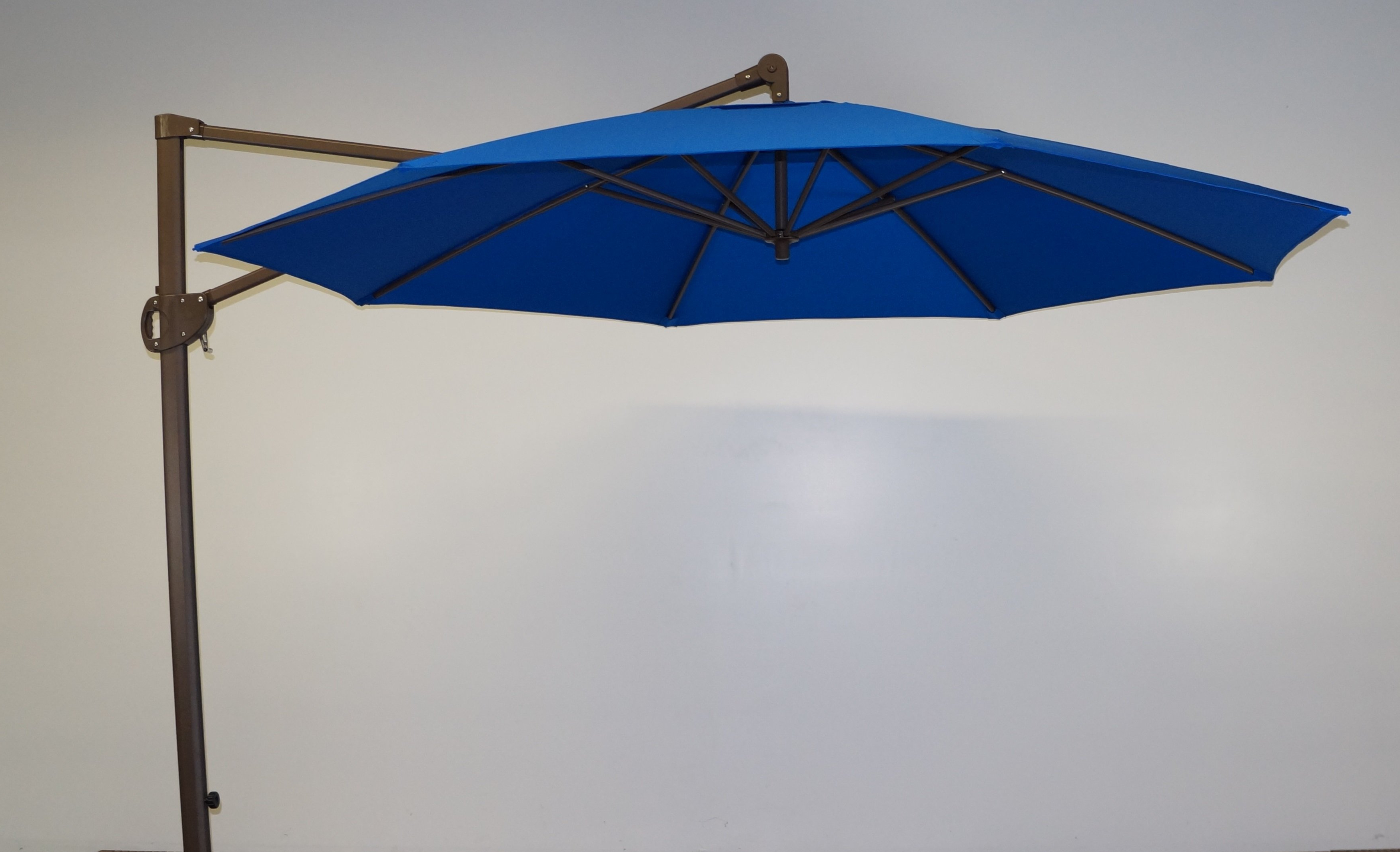 Most Up To Date Olen Cantilever Umbrellas Regarding 11' Cantilever Umbrella (View 10 of 20)