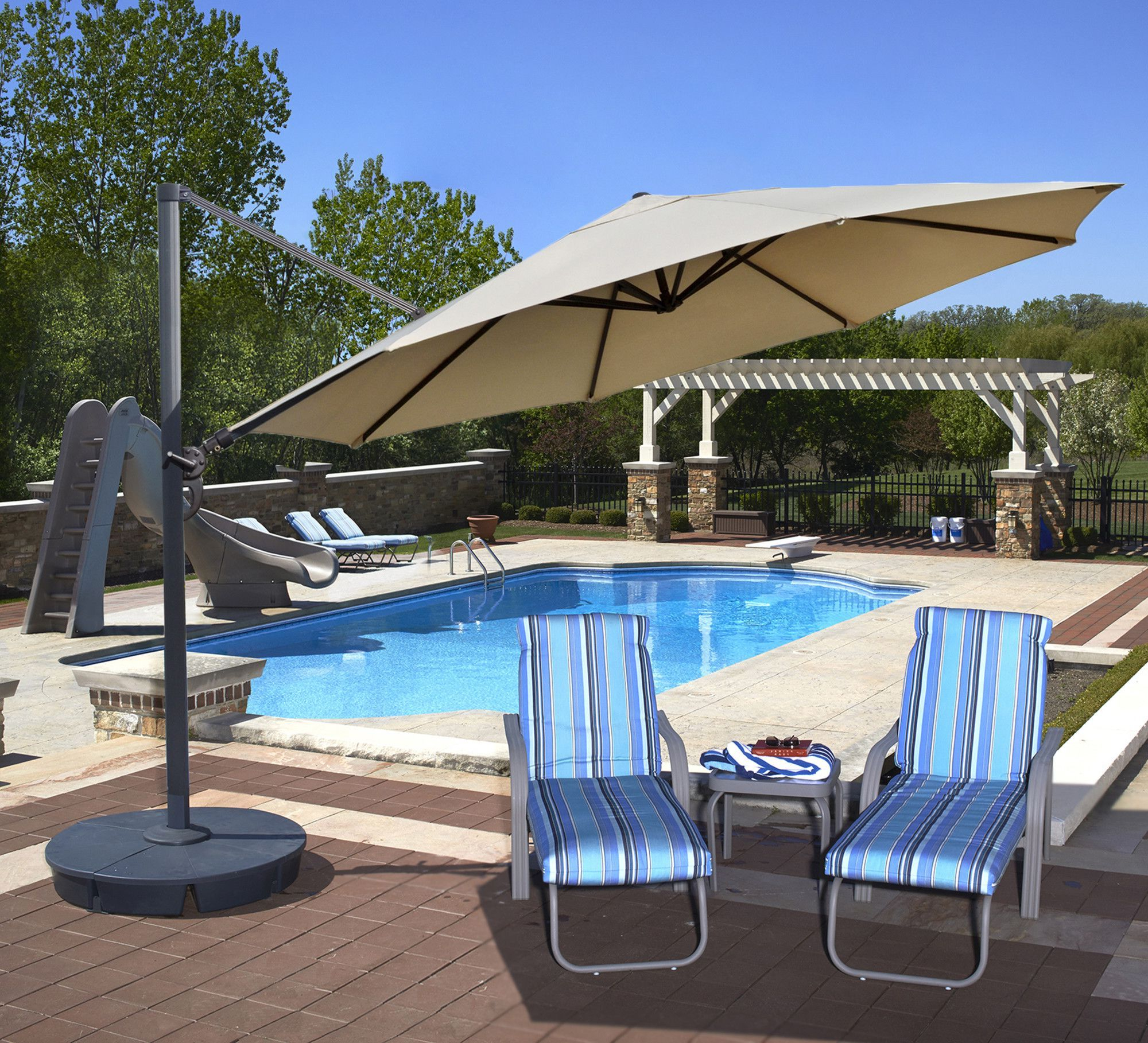 Nasiba Square Cantilever Sunbrella Umbrellas For Preferred Pinterest – Пинтерест (View 10 of 20)