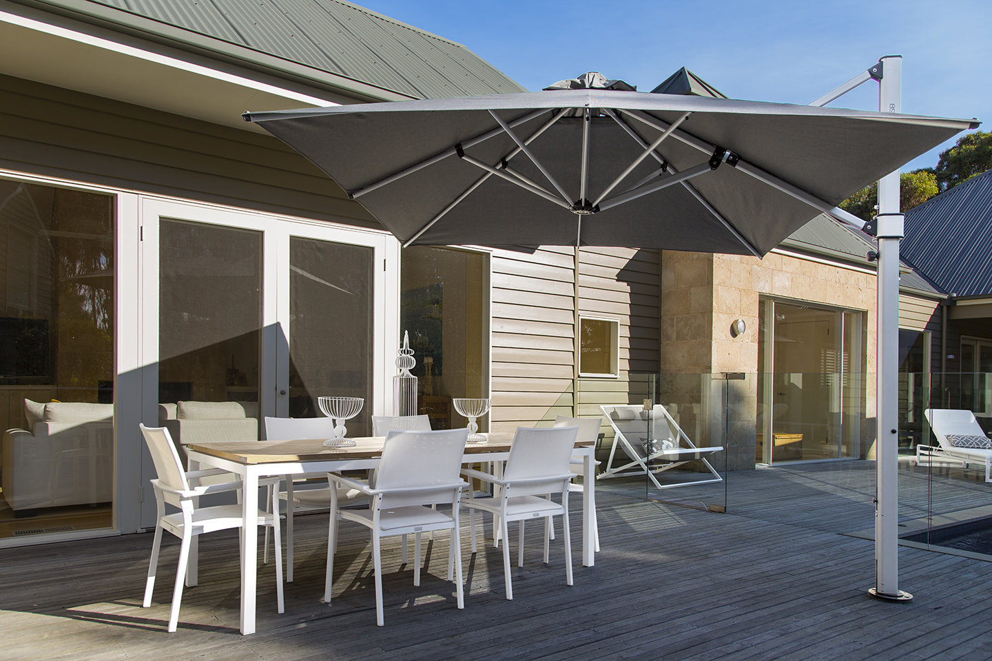 Nasiba Square Cantilever Sunbrella Umbrellas Throughout Famous Aurora 9' Square Cantilever Umbrella (Gallery 17 of 20)