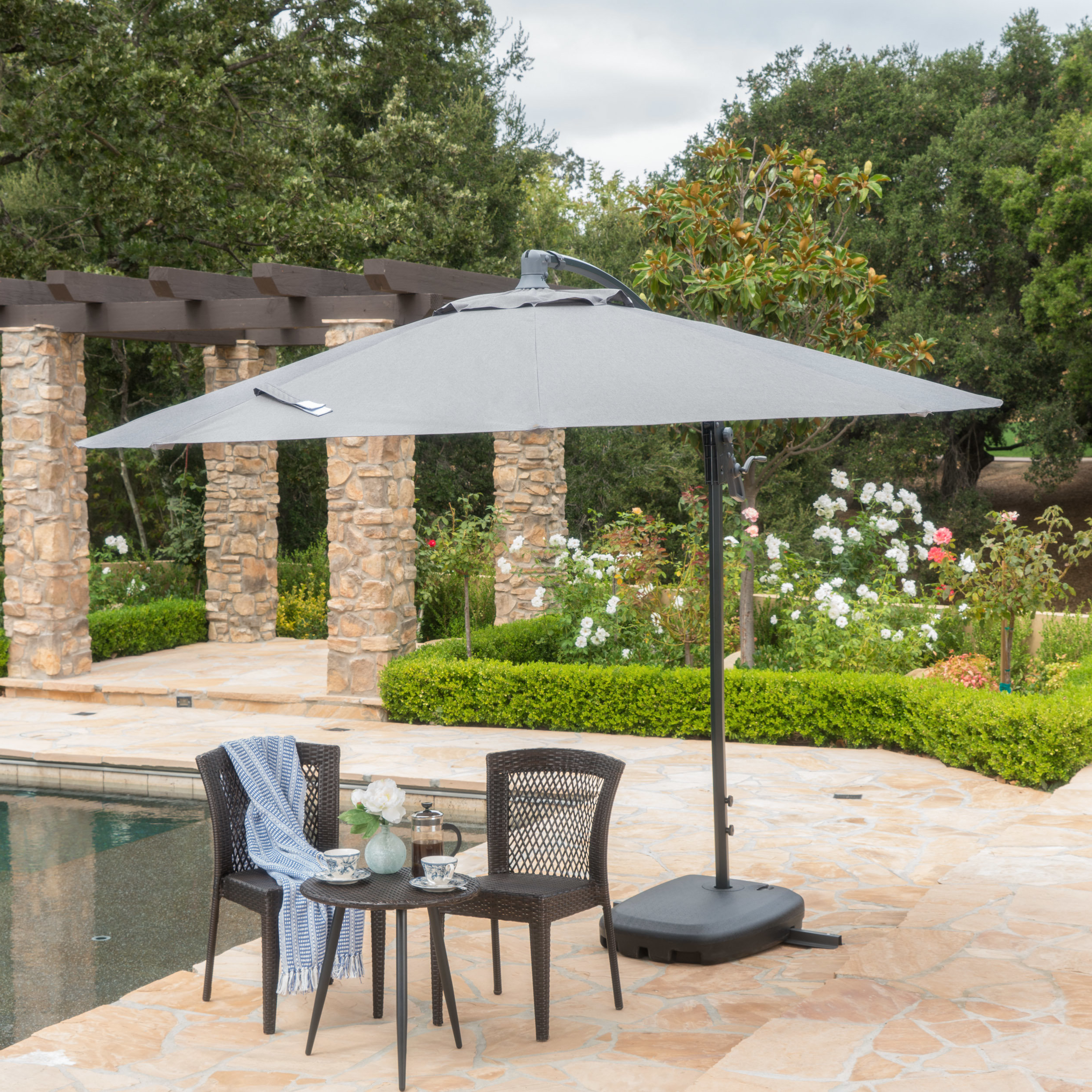 Phat Tommy Cantilever Umbrellas Throughout Best And Newest Desirat (View 19 of 20)