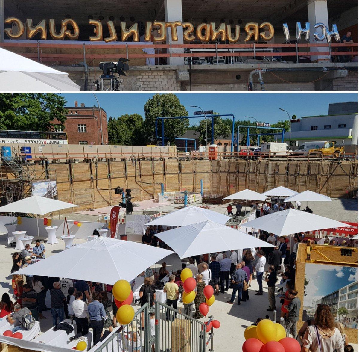 Featured Photo of Wier Market Umbrellas