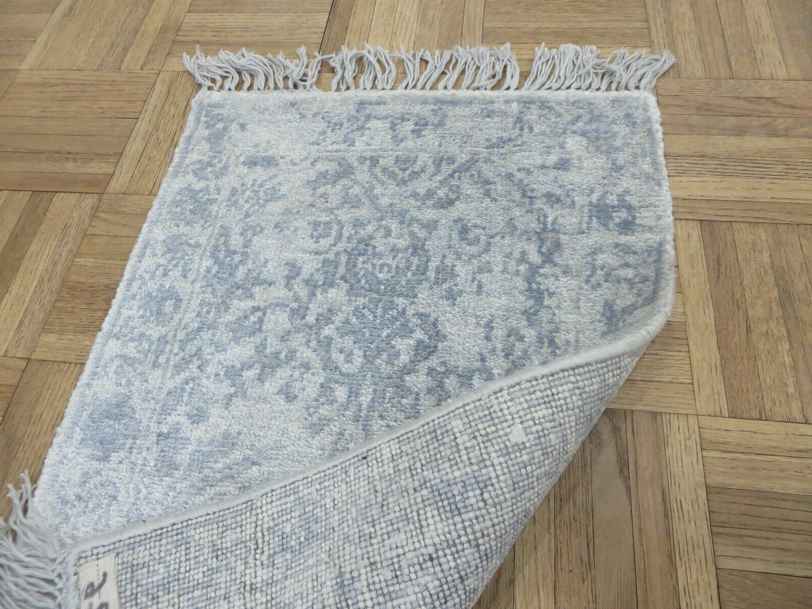 """Preferred One Of A Kind Yosemite Broken Oriental Hand Knotted 1'4"""" X 2'2"""" Silk Gray  Area Rug Within Bricelyn Market Umbrellas (View 17 of 20)"""