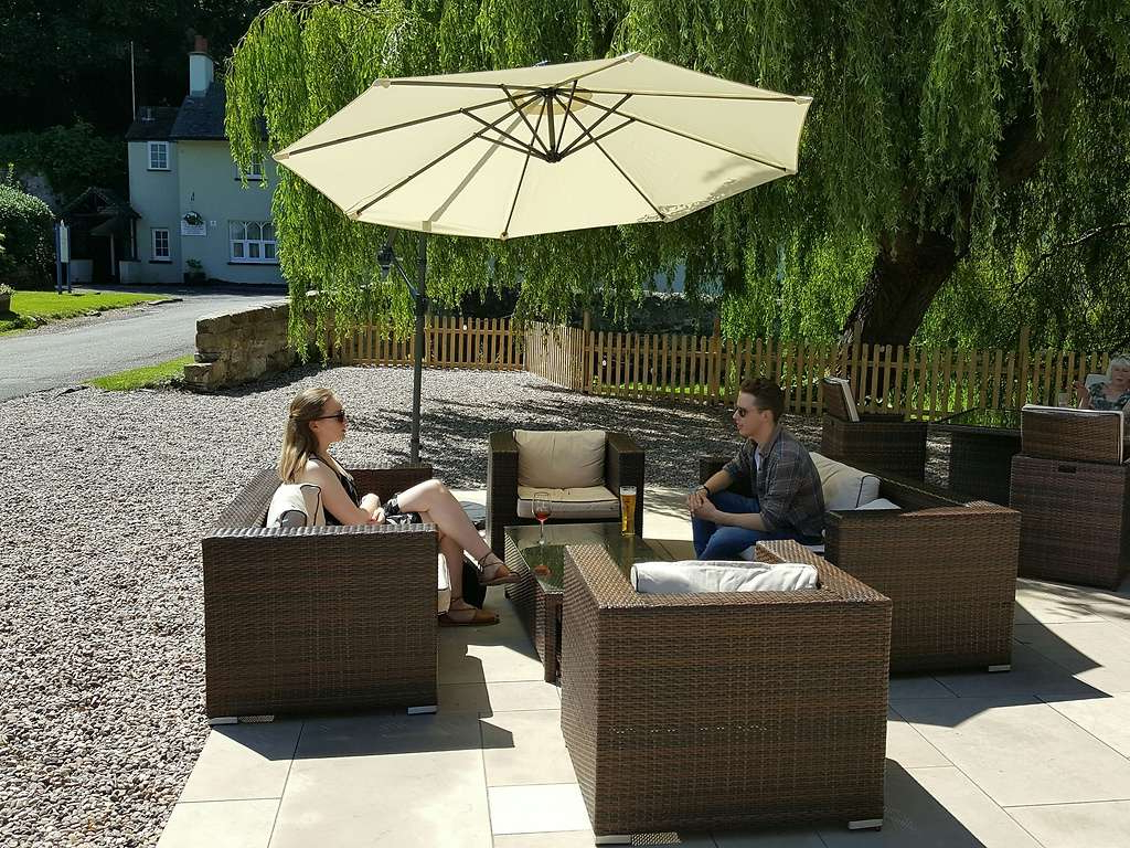 Priest House Hotel In Central England And Castle Donnington, Nr With Favorite Flitwick Market Umbrellas (View 17 of 20)