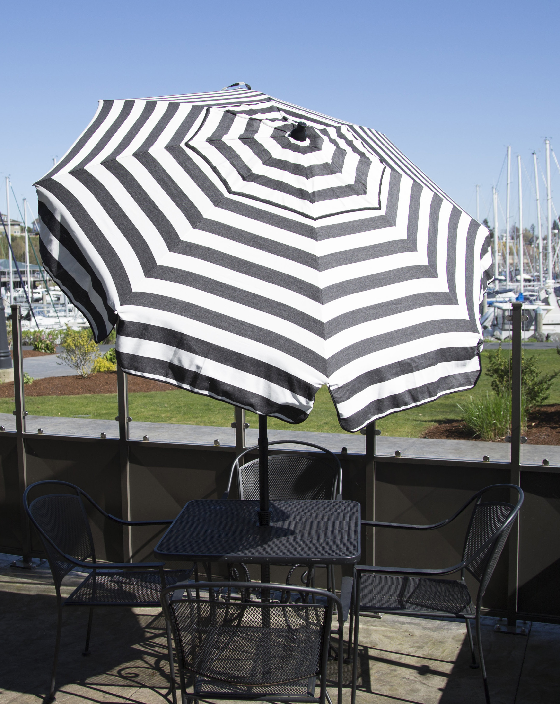 Recent Wacker Market Umbrellas Regarding Italian 6' Market Umbrella (Gallery 13 of 20)