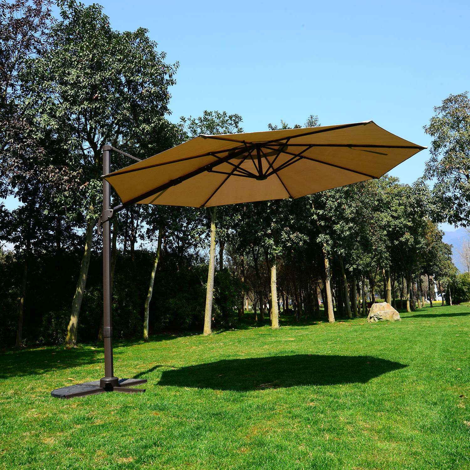 Tallulah Sunshade Hanging Outdoor Cantilever Umbrellas Regarding Well Known 10' Cantilever Umbrella (View 15 of 20)