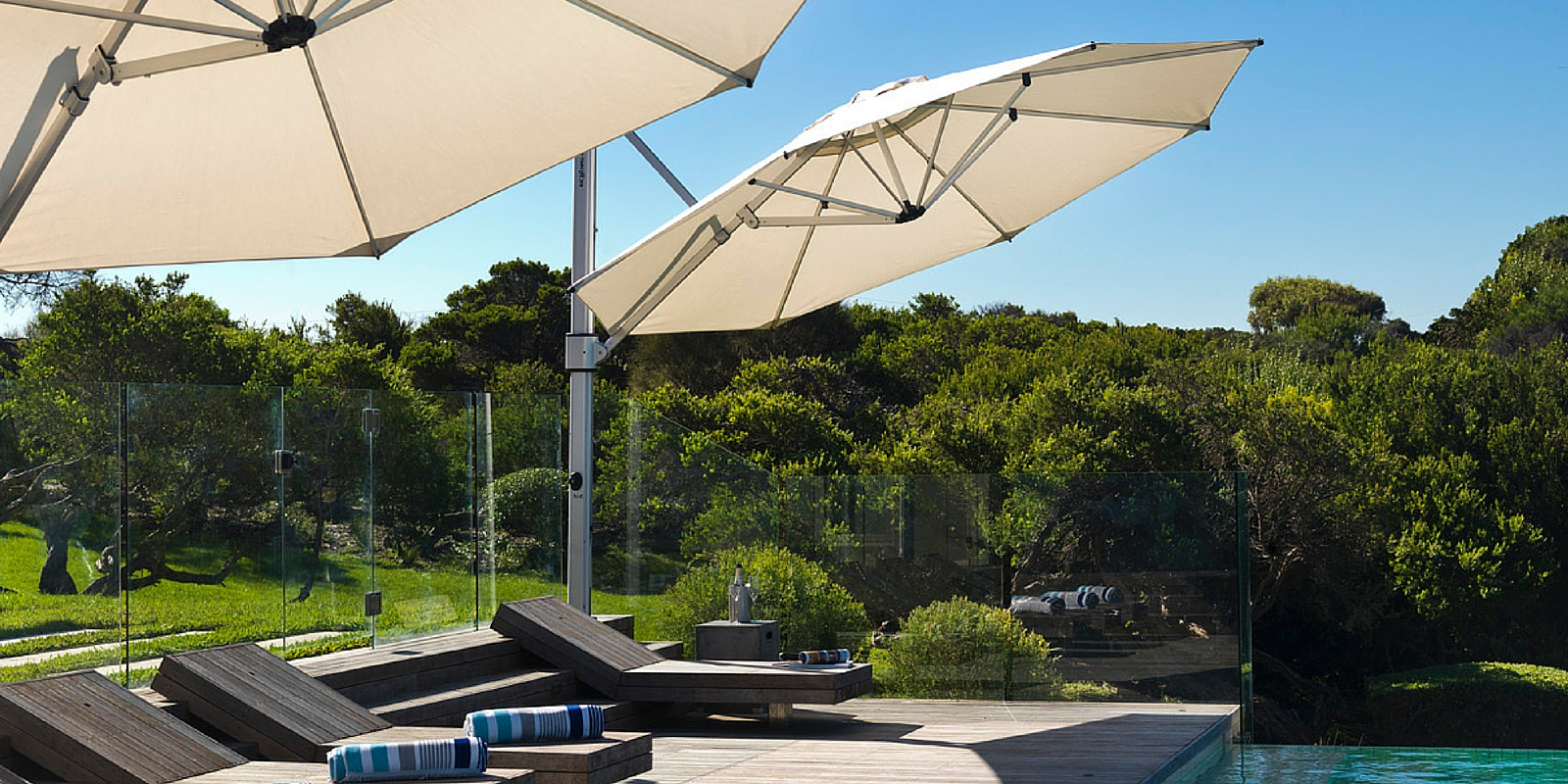 Trendy Stay Cool With Outdoor Umbrellas Regarding Mald Square Cantilever Umbrellas (View 15 of 20)