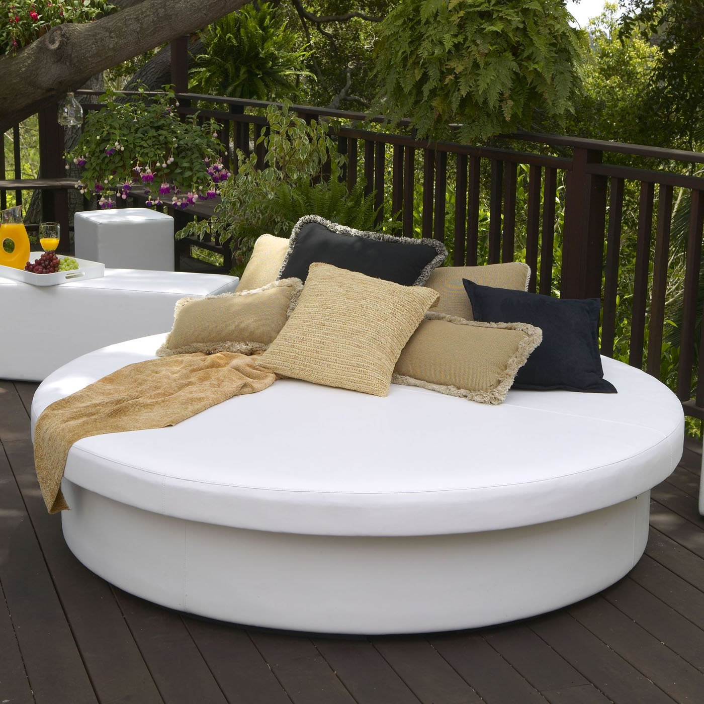 56 Outdoor Daybed, Riviera Modern Outdoor Leisure Daybed For Well Known Resort Patio Daybeds (View 2 of 20)