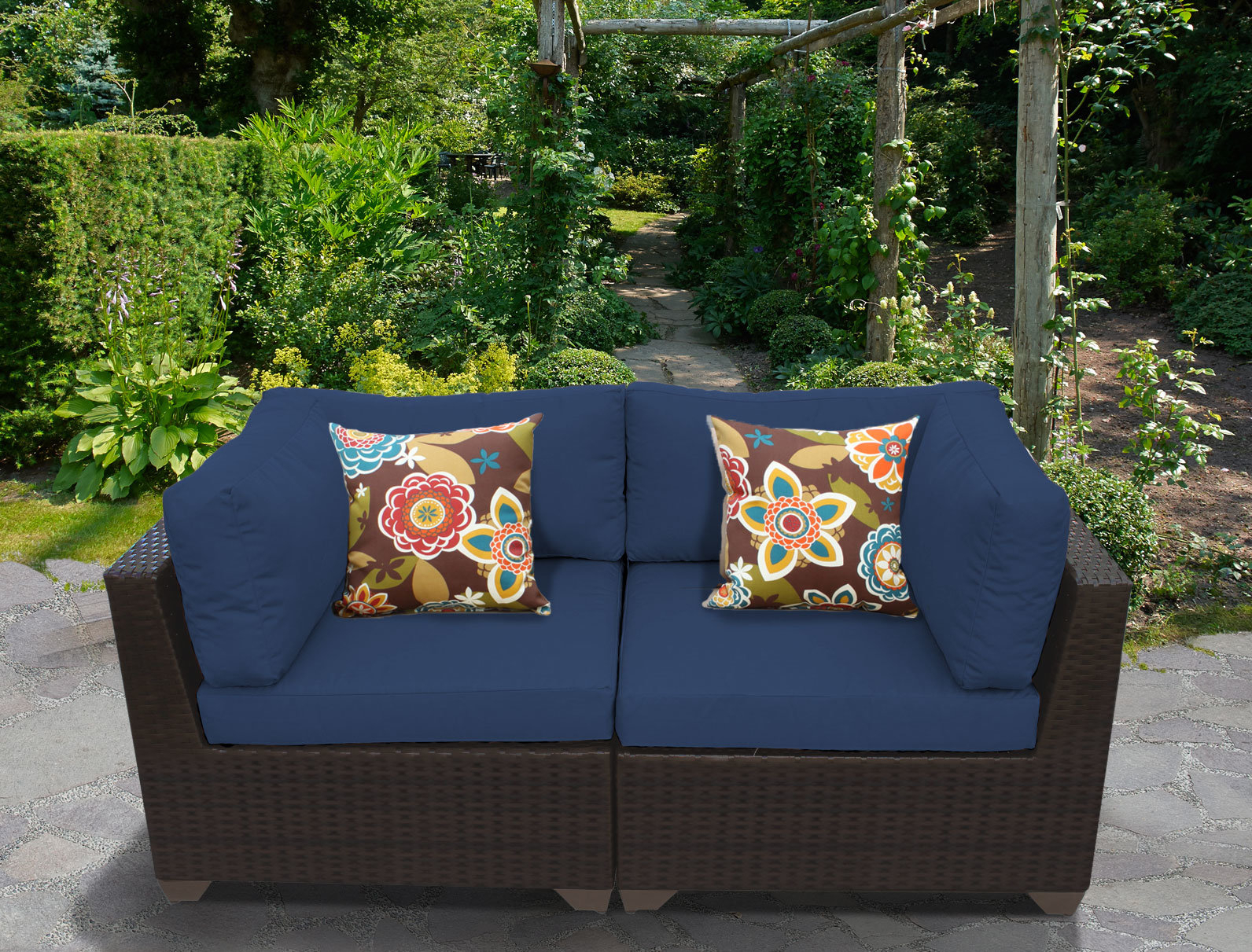 Camak Patio Loveseats With Cushions Intended For Best And Newest Camak Patio Loveseat With Cushions (View 2 of 20)