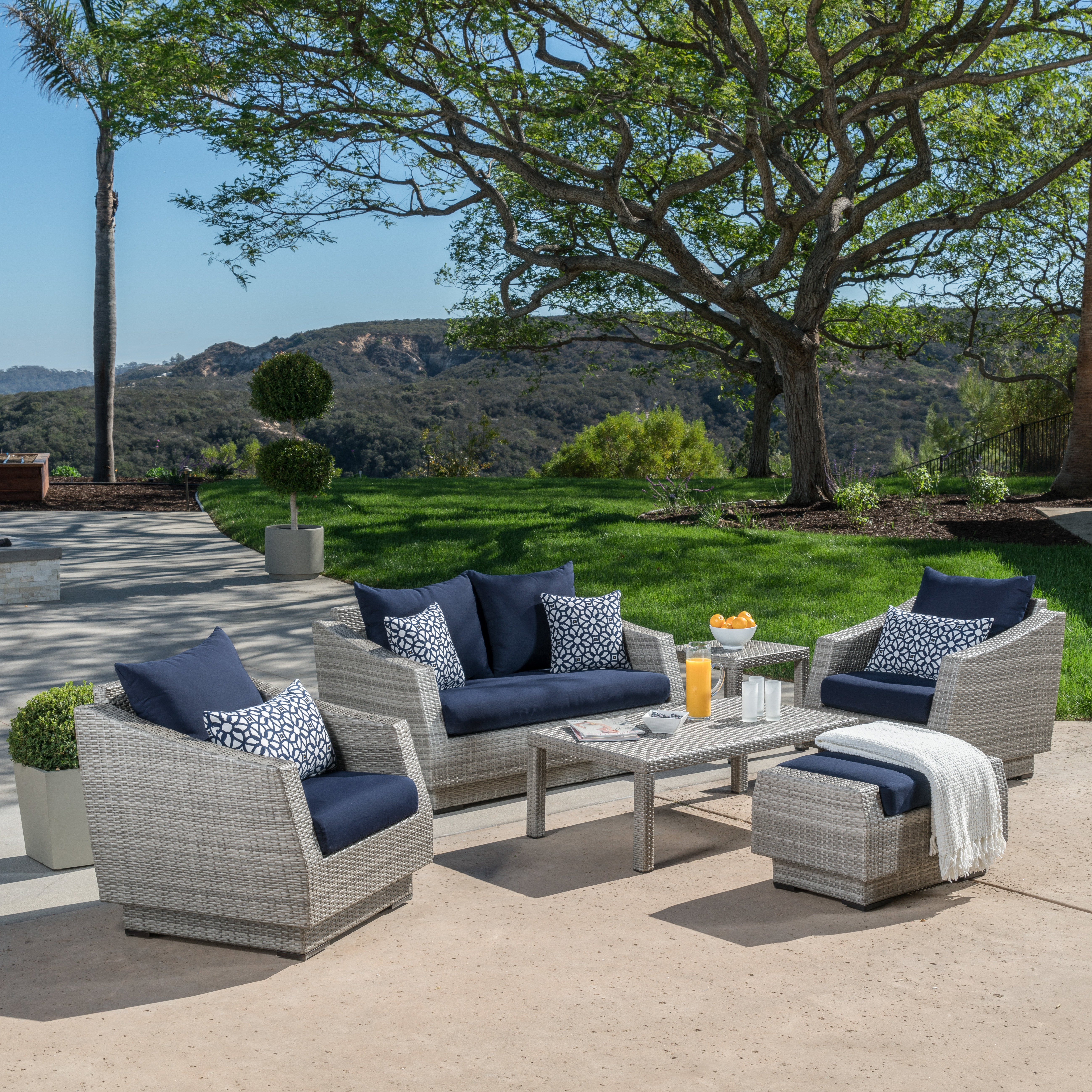 Castelli Patio Sofas With Sunbrella Cushions With Famous Castelli 6 Piece Sofa Set With Sunbrella Cushions (View 9 of 20)