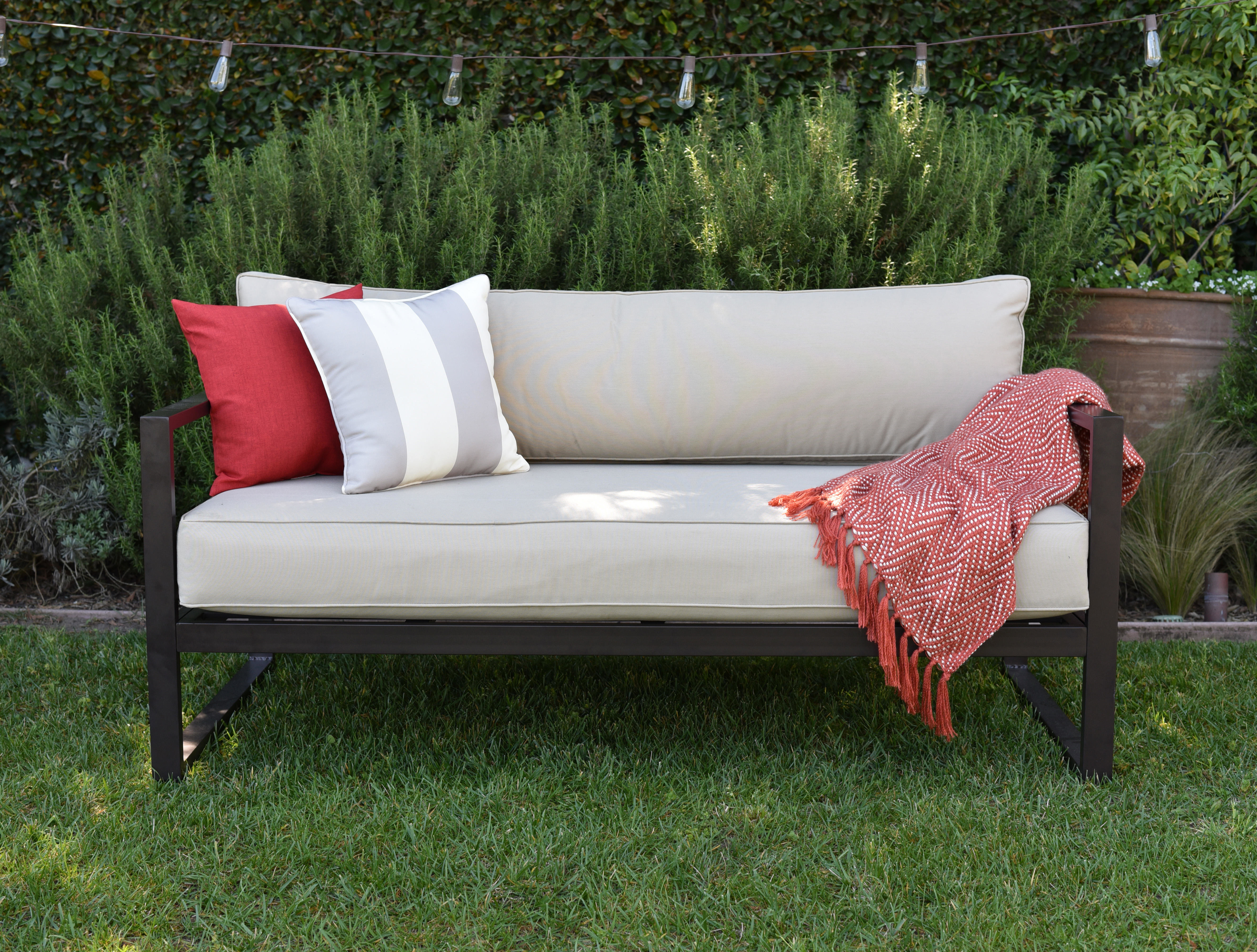 Catalina Outdoor Sofa With Cushions Intended For Newest Newbury Patio Sofas With Cushions (View 3 of 20)