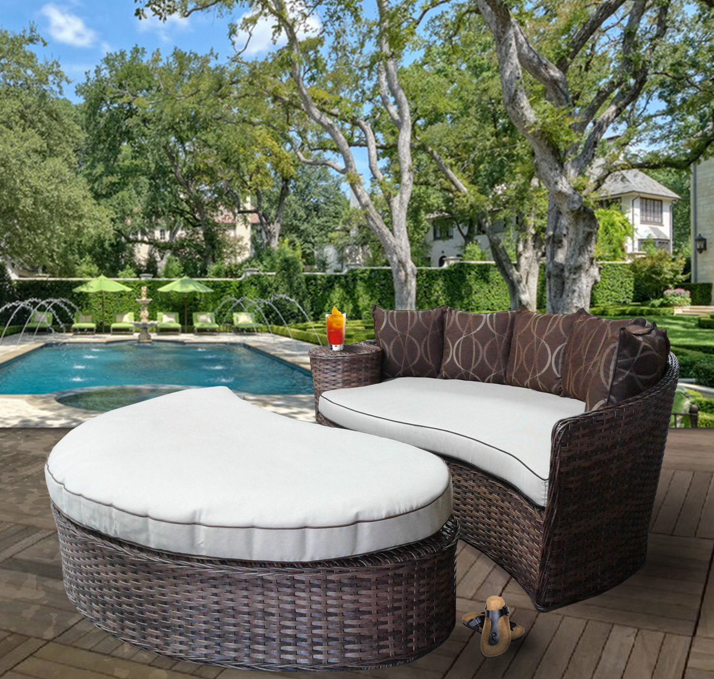 Duran Deluxe Patio Daybed With Cushions With Regard To Fashionable Keiran Patio Daybeds With Cushions (View 15 of 20)